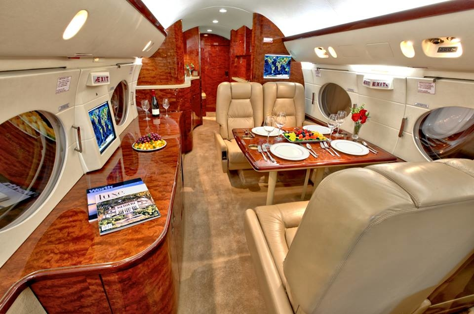 AmeriCharter - Private Jet Charter image 2