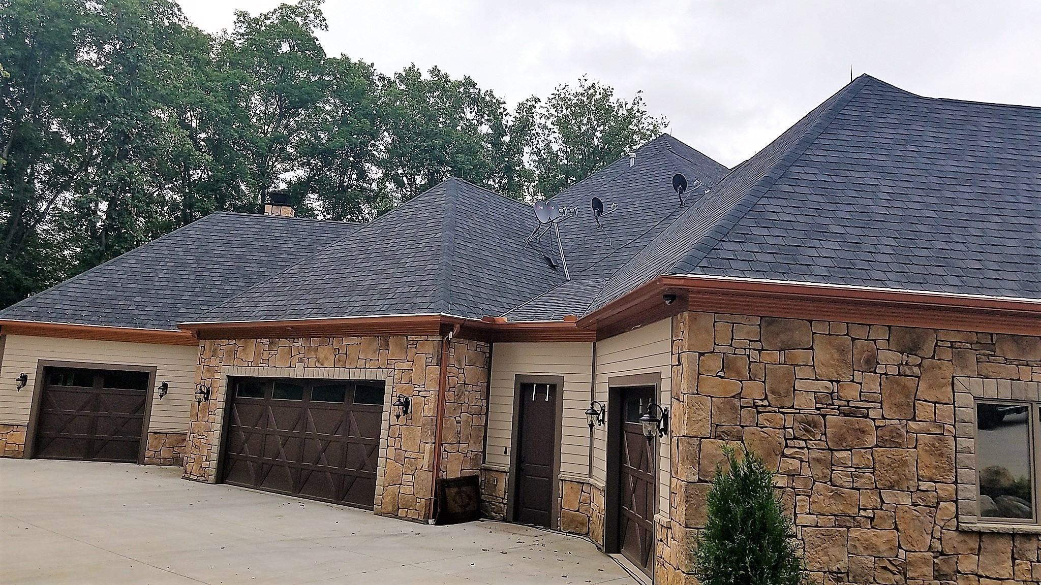 H & M Roofing And Exteriors LLC image 7