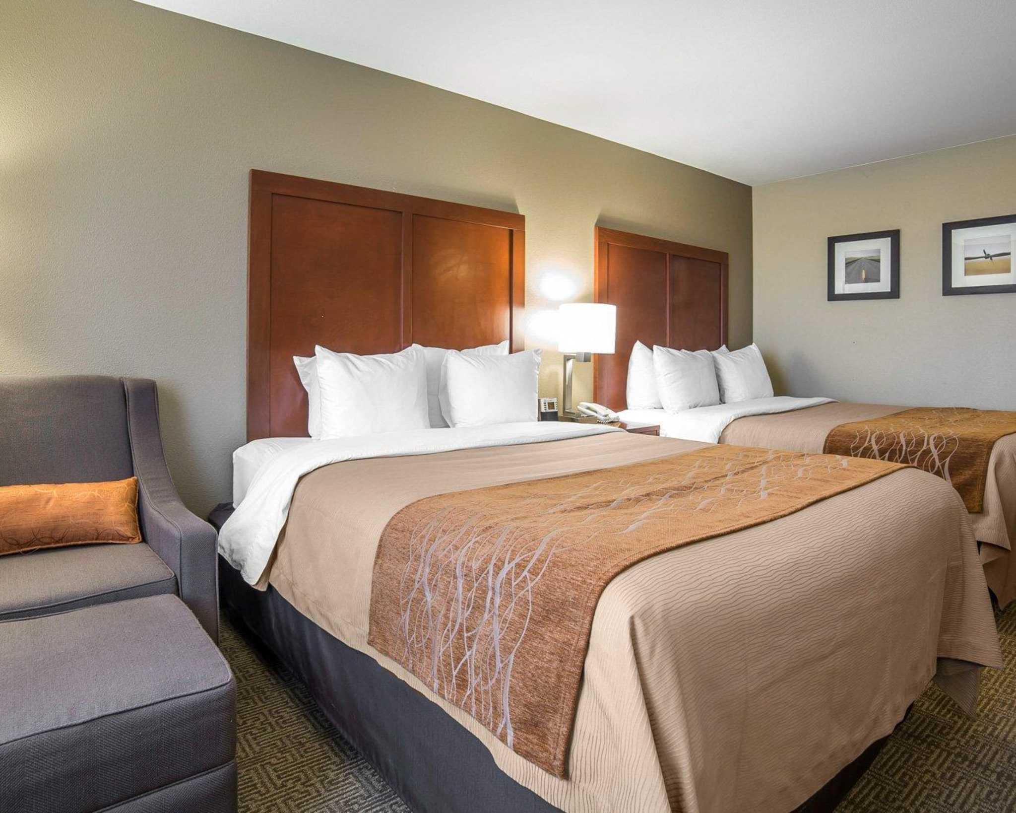 Comfort Inn Evansville-Casper image 3