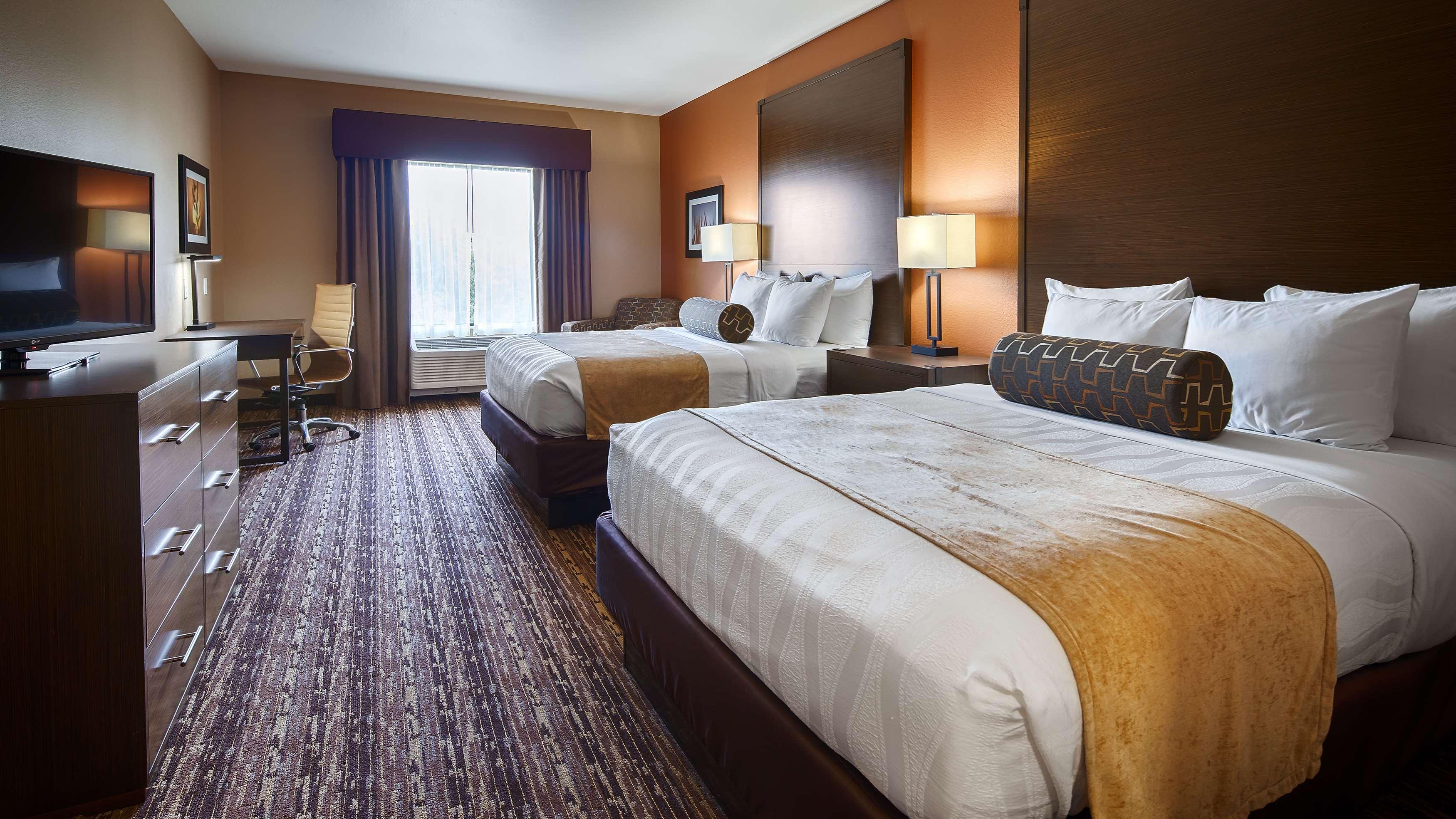 Best Western Plus Elmendorf Hotel image 14