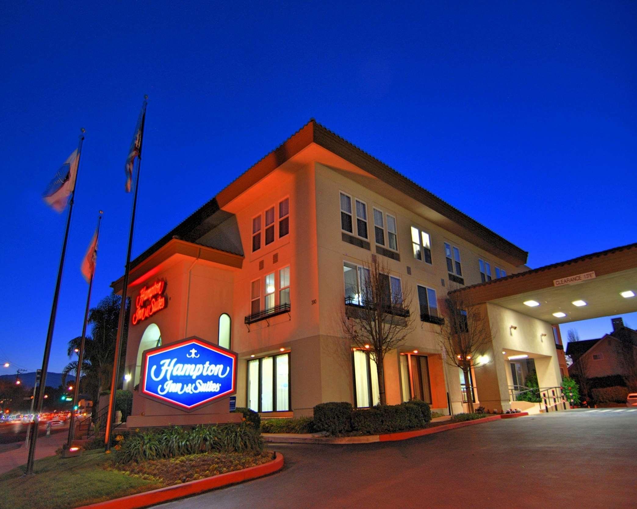 Hampton Inn & Suites Mountain View image 1