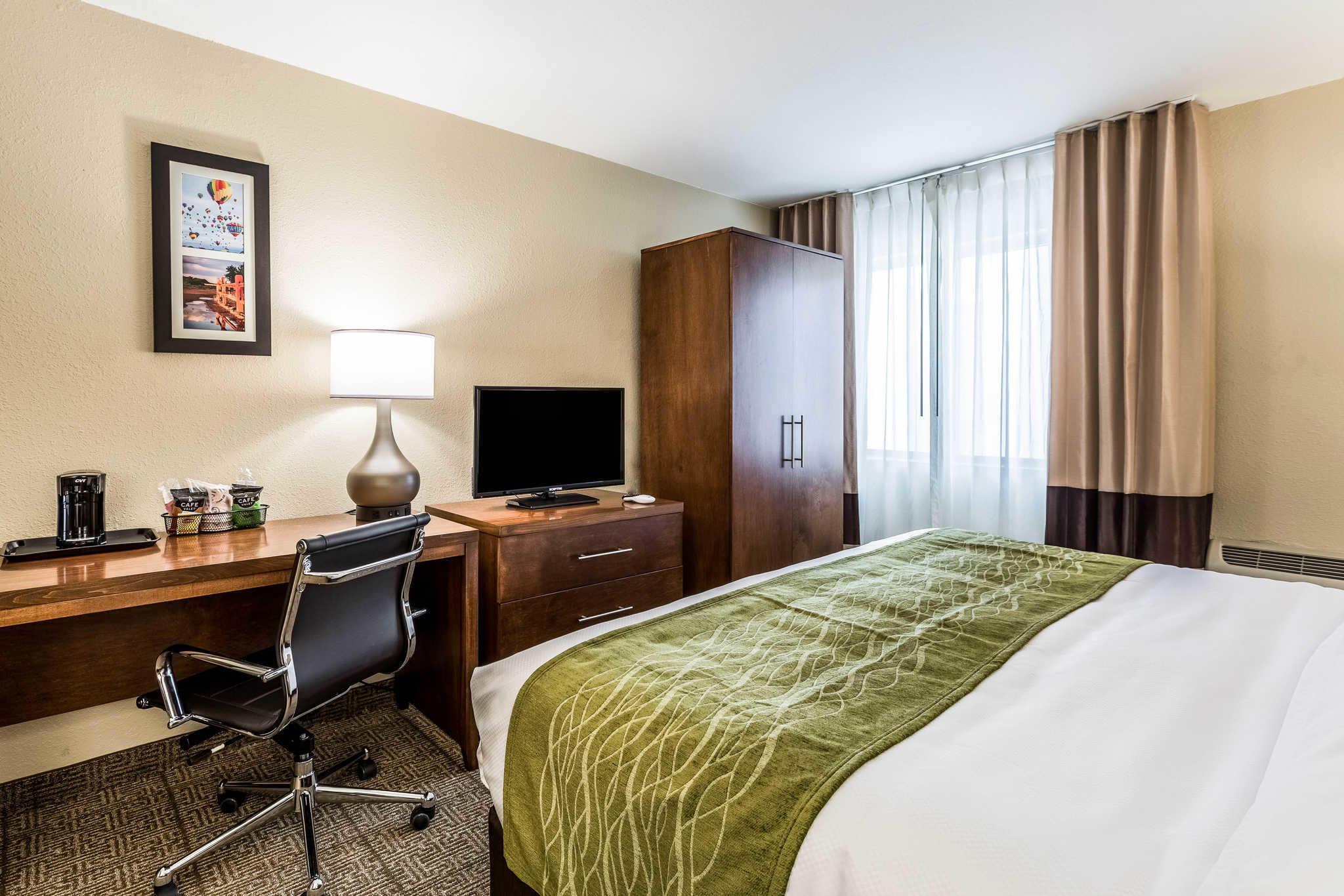 Comfort Inn & Suites Albuquerque Downtown image 8