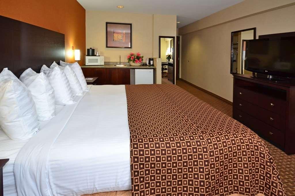 Best Western Concord Inn & Suites image 23