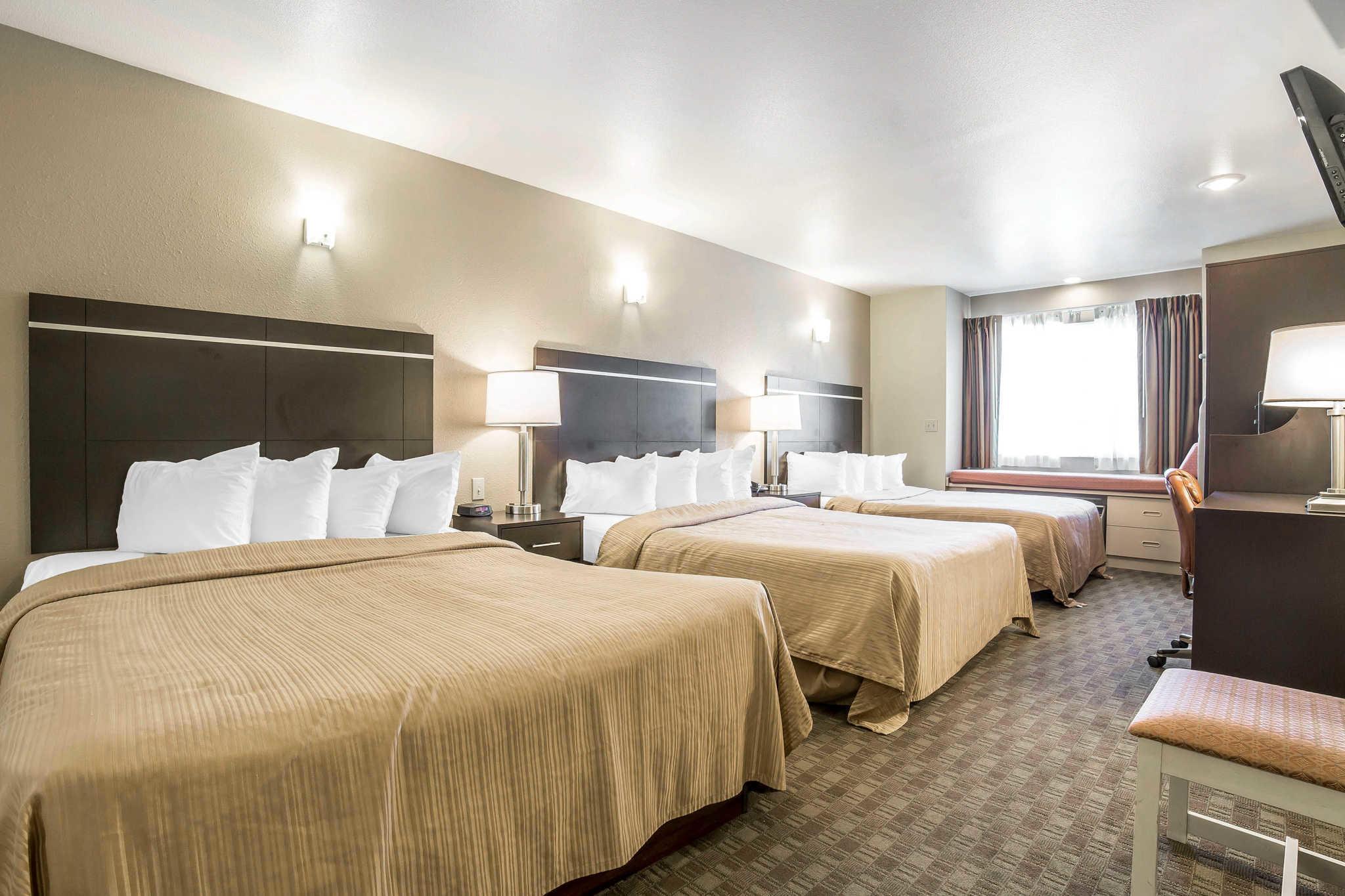 Quality Inn & Suites Elko image 23