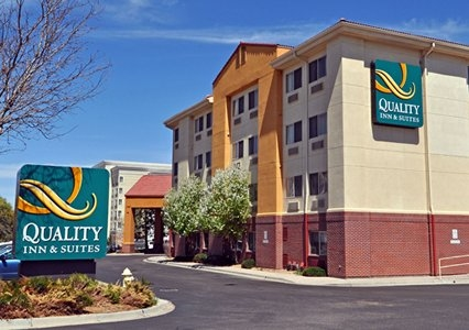 Quality Inn & Suites Denver International Airport in ...