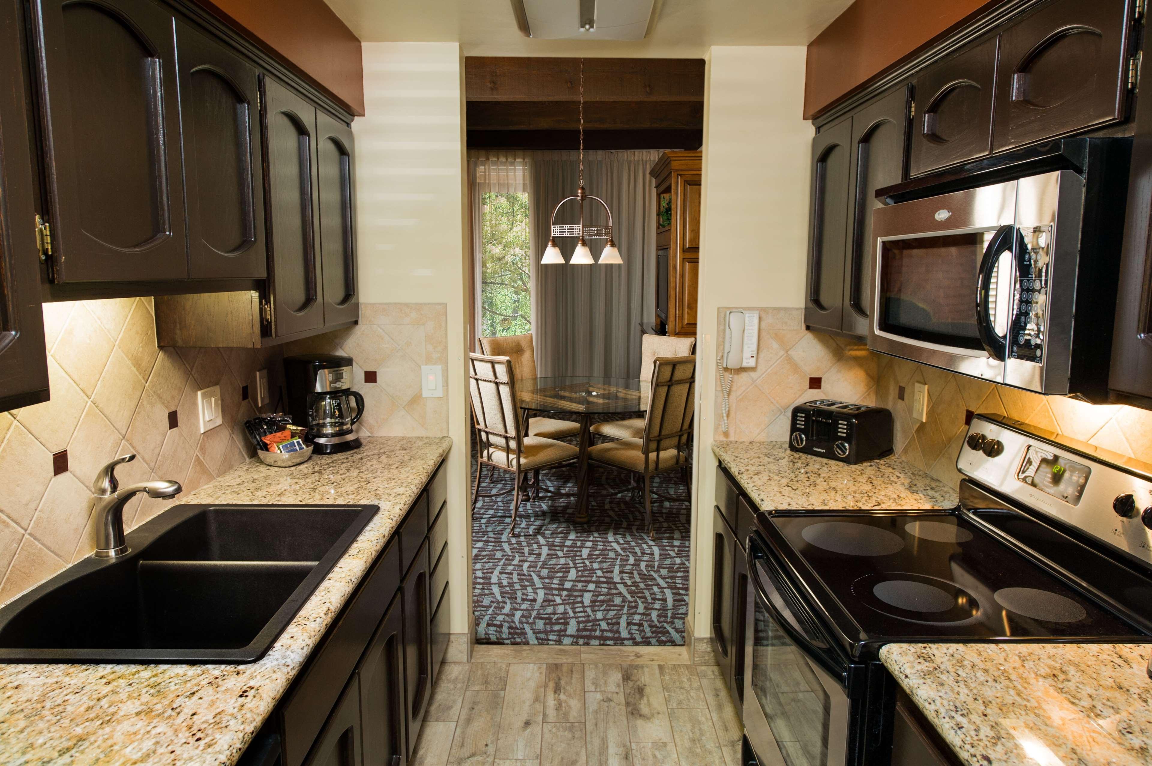 Best Western Plus Arroyo Roble Hotel & Creekside Villas image 28