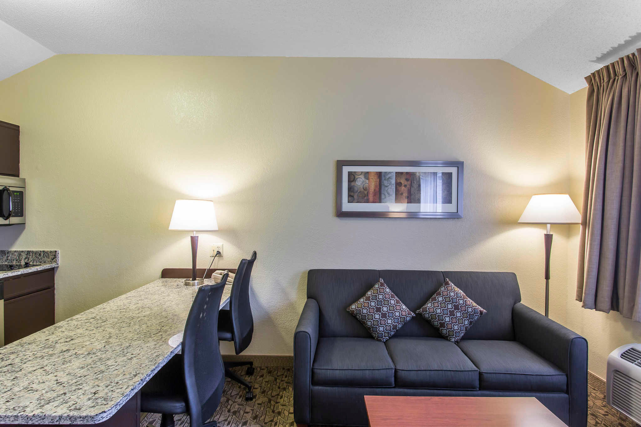 MainStay Suites image 25