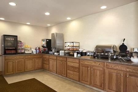 Country Inn & Suites by Radisson, Toledo, OH image 2