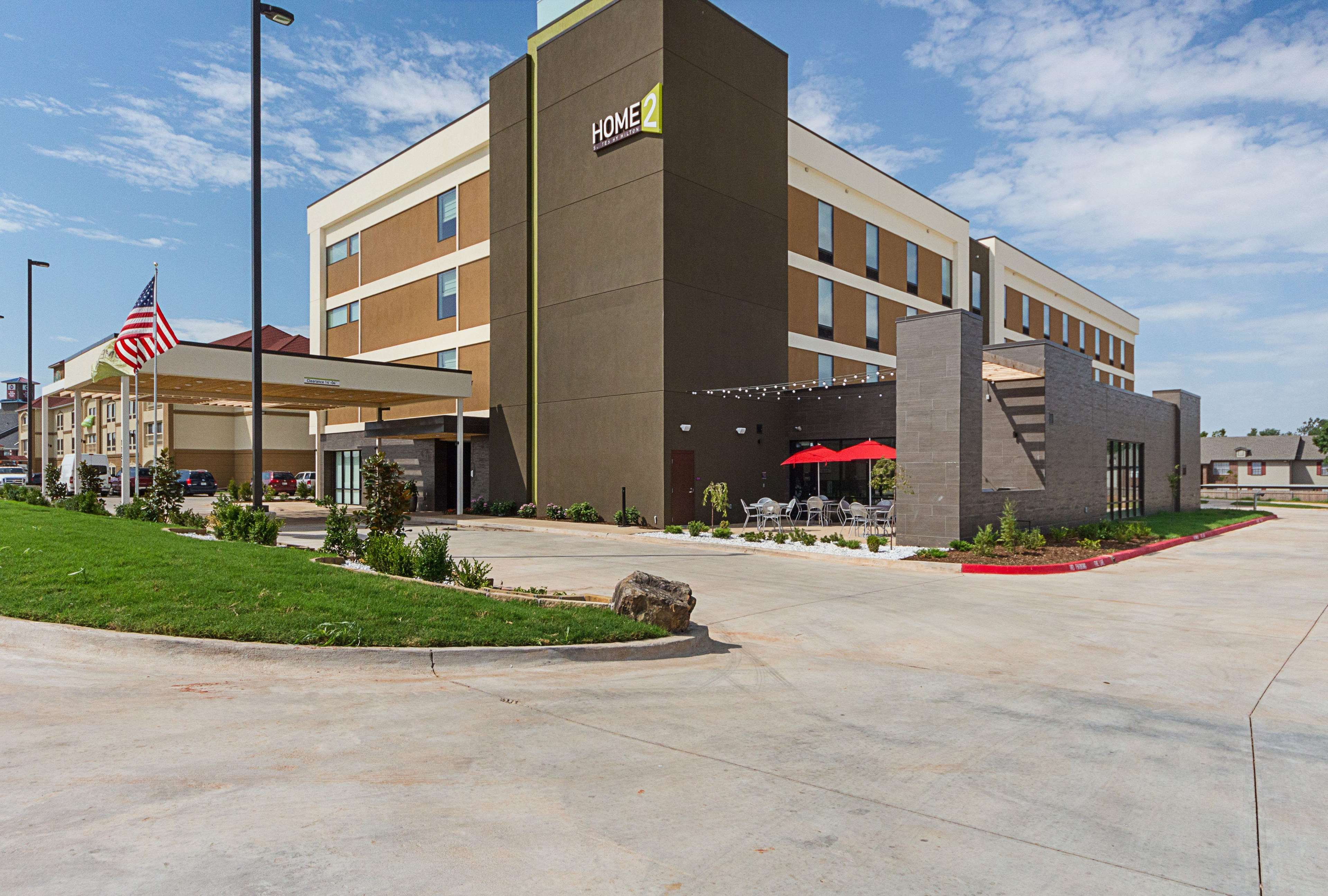 Home 2 Suites by Hilton - Yukon image 0