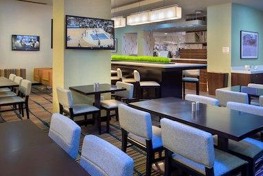 Courtyard by Marriott New York Manhattan/Chelsea image 14