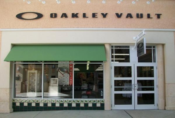 5c113920e7 Oakley Vault Premium Outlets « Heritage Malta