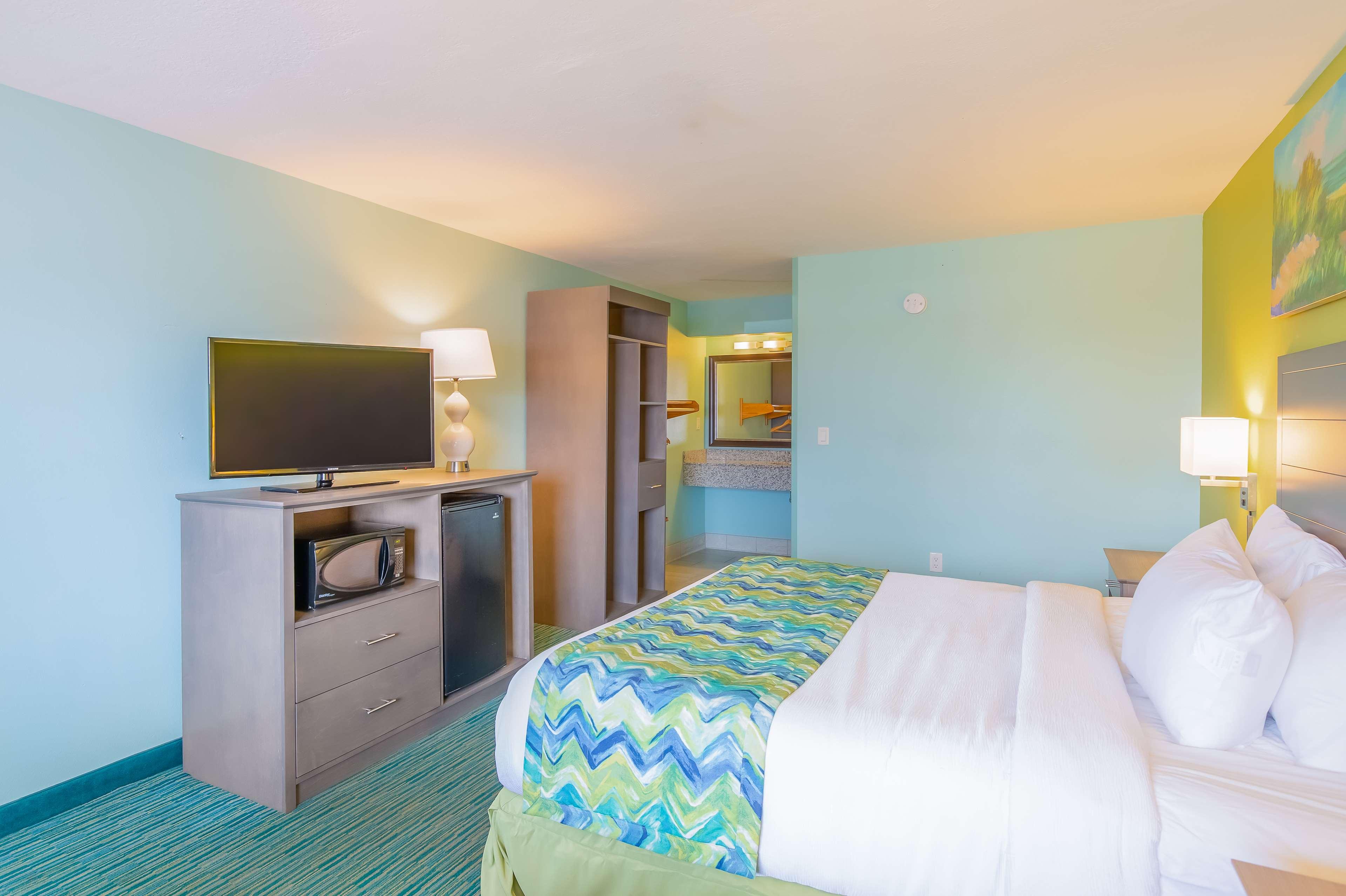 Best Western Beachside Resort image 28