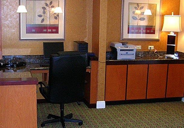 Fairfield Inn & Suites by Marriott Jacksonville Butler Boulevard image 5