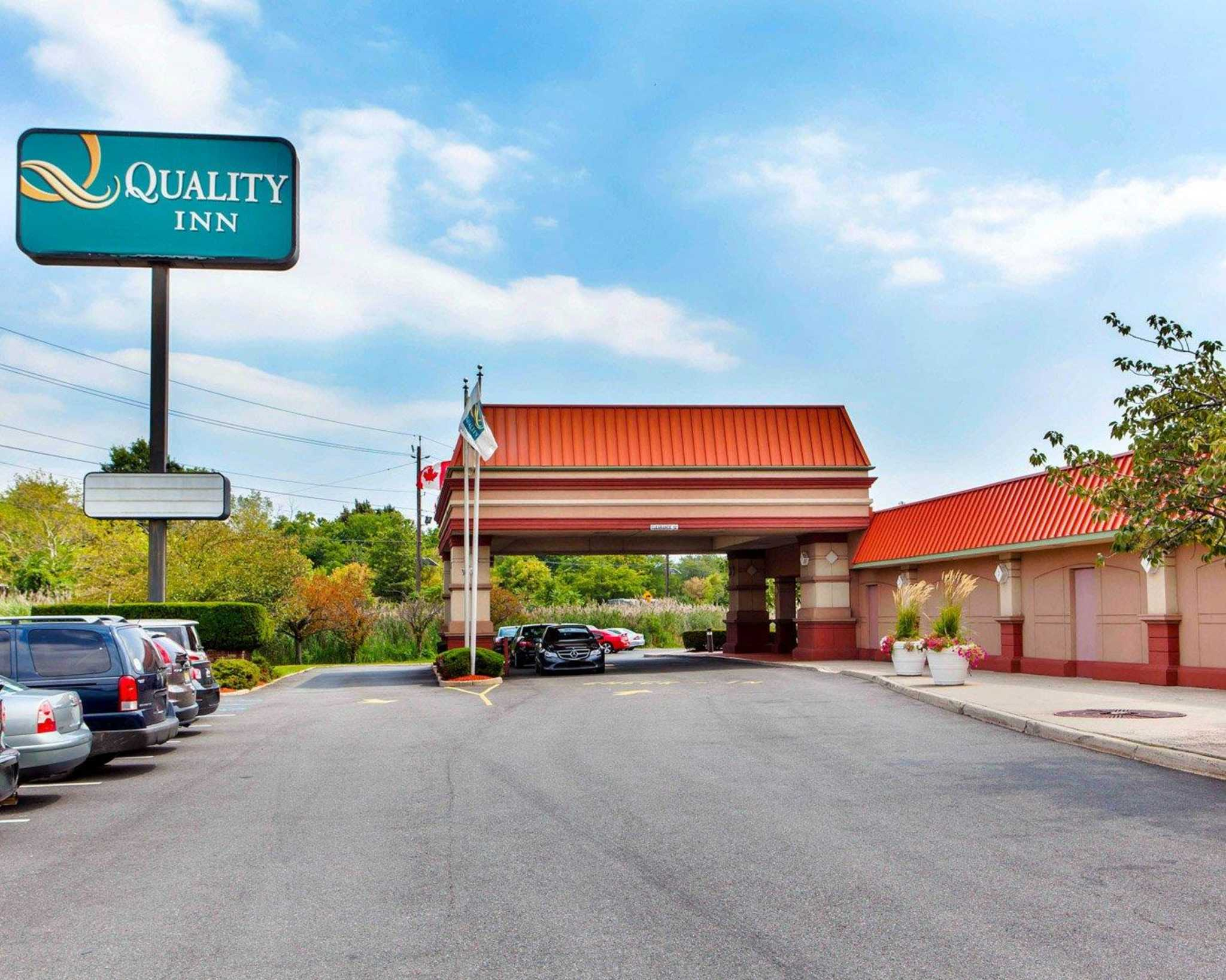 Quality Inn Meadowlands image 2