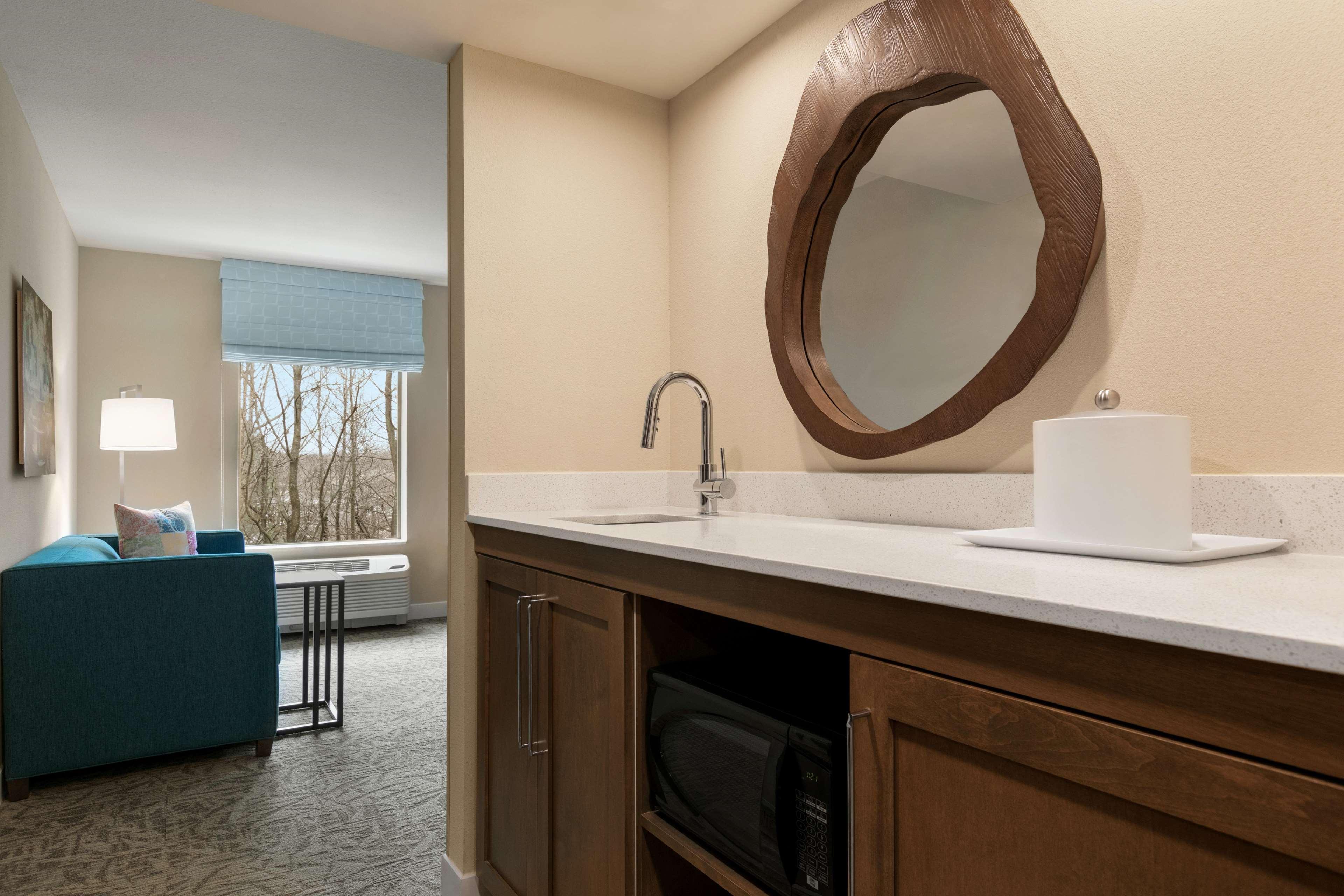 Hampton Inn and Suites Johns Creek image 16