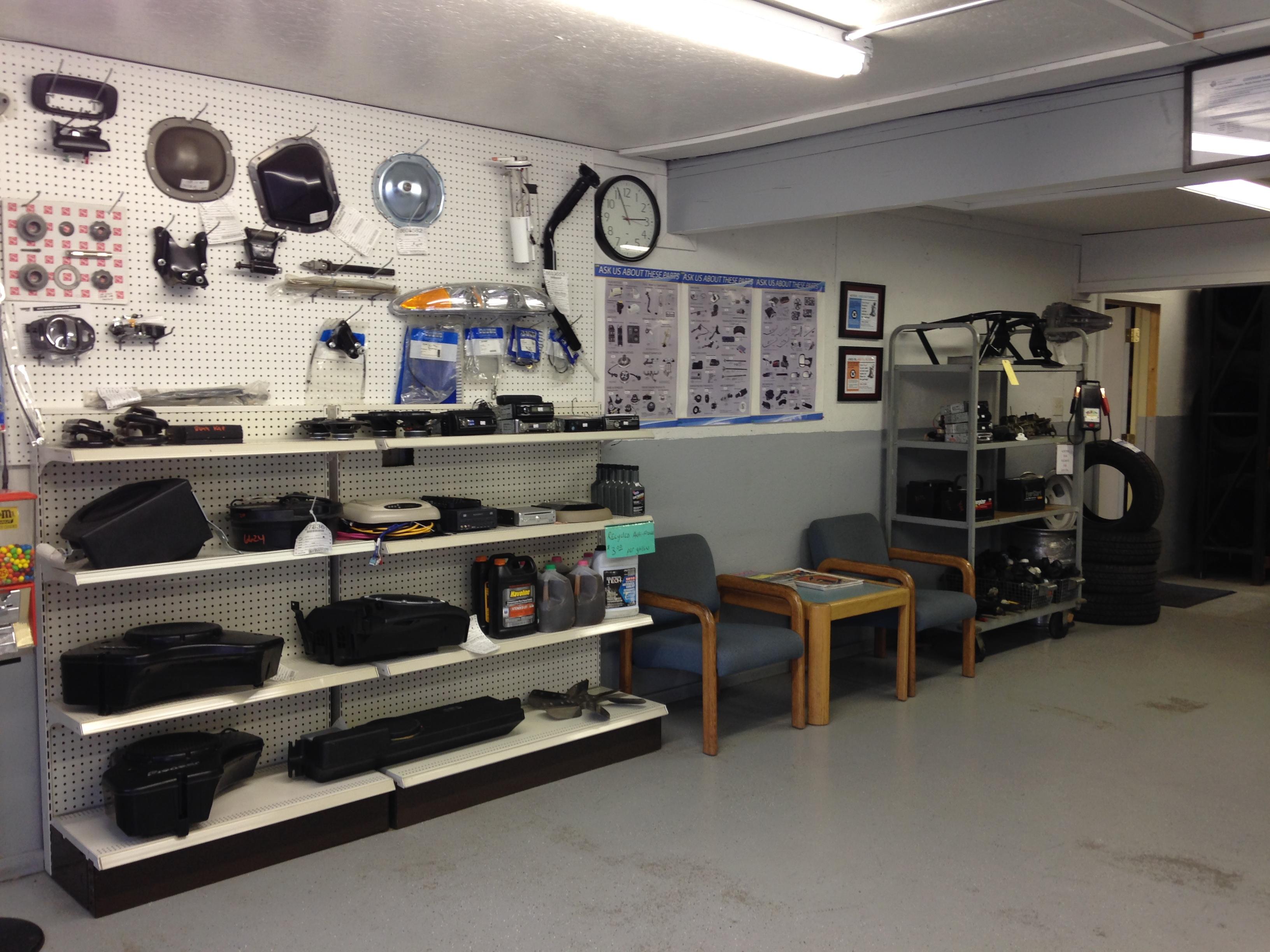 Car Parts Mn: Kelly Auto Parts In Faribault, MN