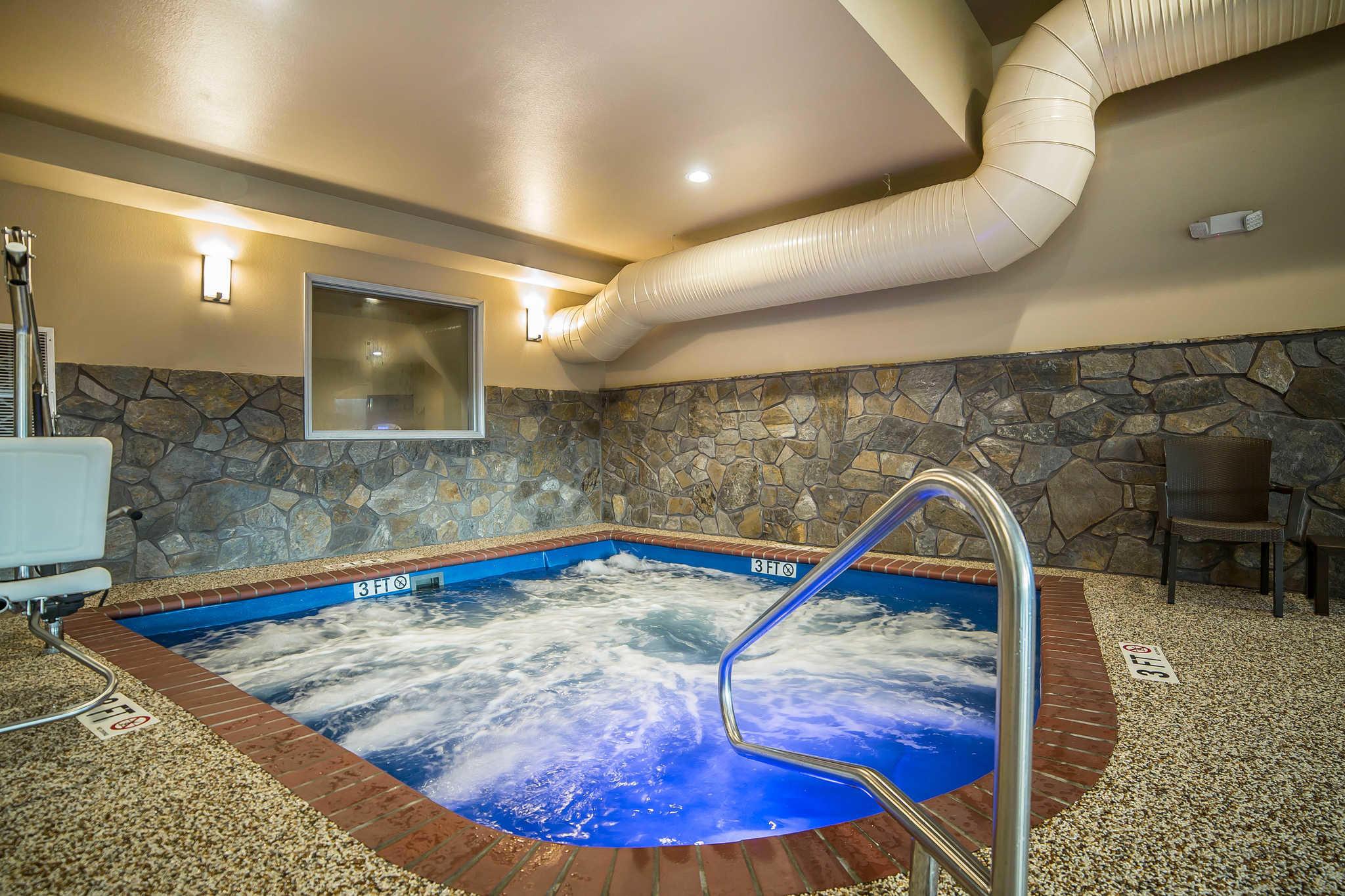 Comfort Inn & Suites Near Mt. Rushmore image 31