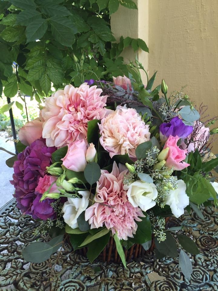 Florentyna's A Fine Flower Company Offers Custom Floral Arrangements
