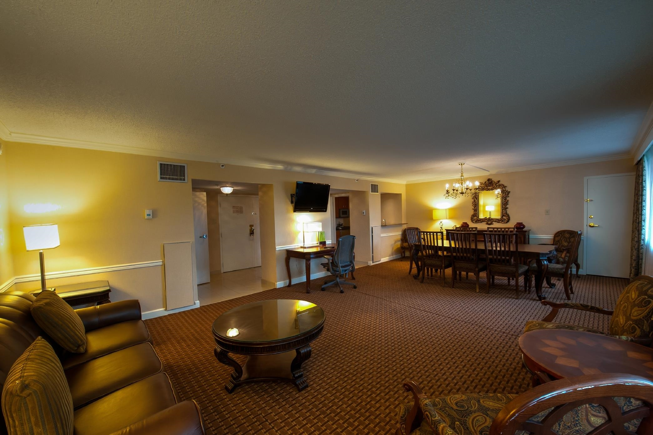 DoubleTree by Hilton Hotel Baltimore North - Pikesville image 23