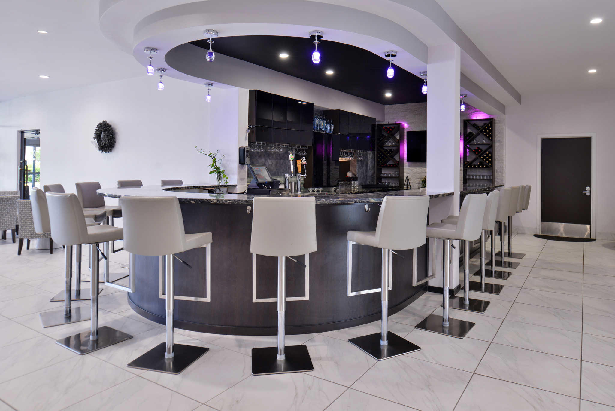 Clarion Inn & Suites Orlando near Theme Parks image 30