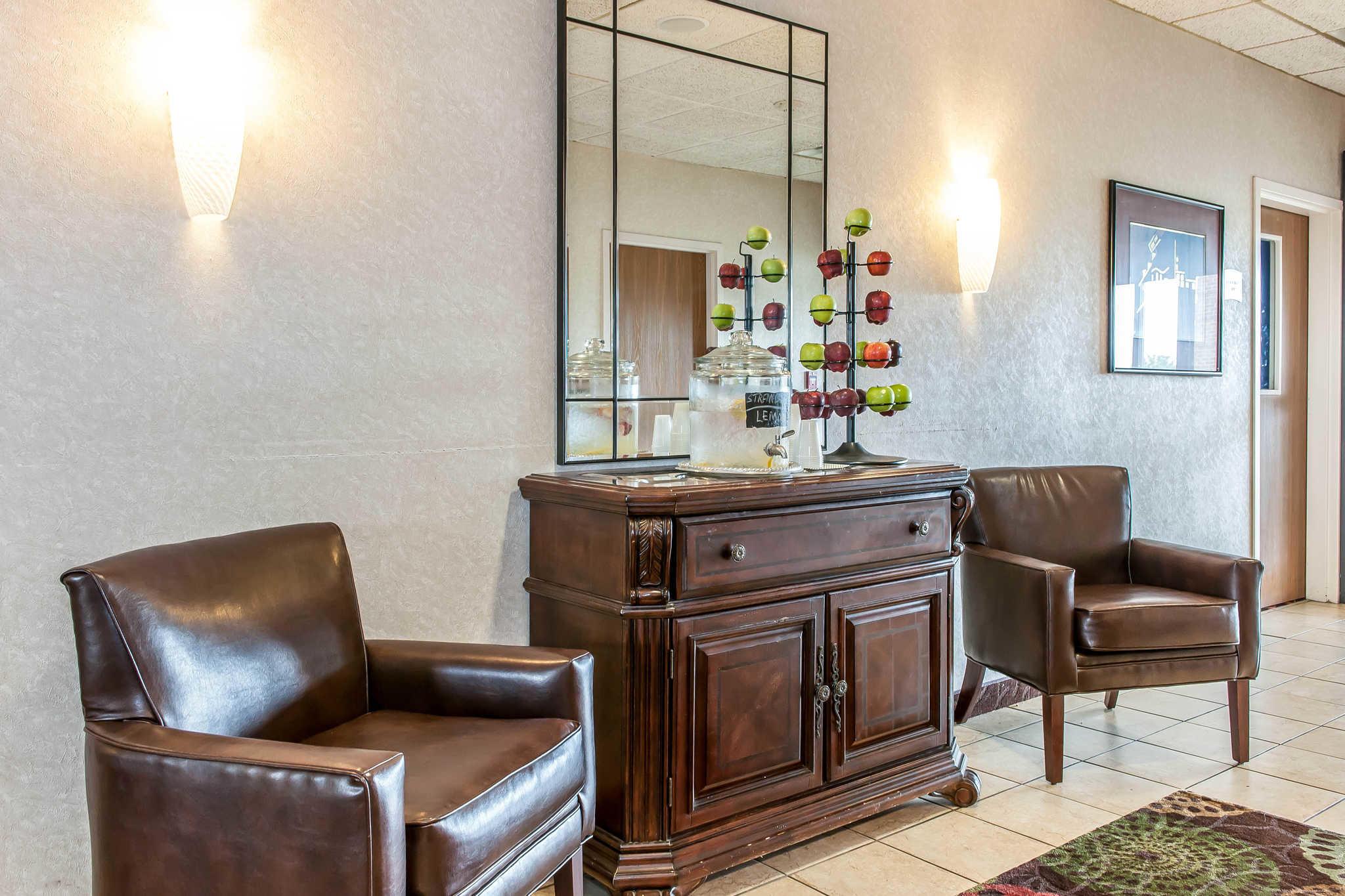Quality Inn Chester I-75 image 4