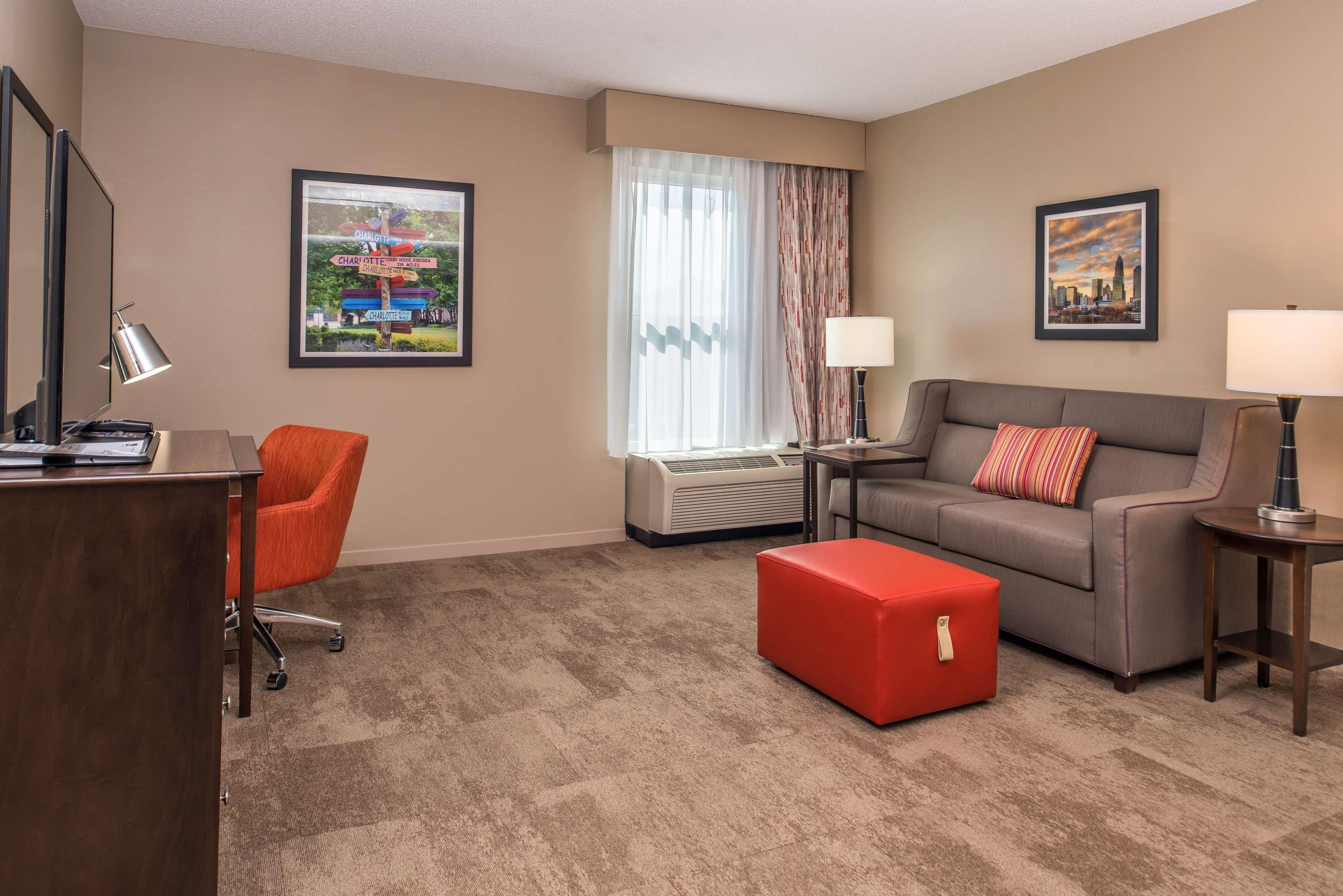 Hampton Inn & Suites Charlotte-Arrowood Rd. image 48
