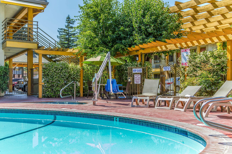 Comfort Inn in Santa Cruz, CA, photo #38