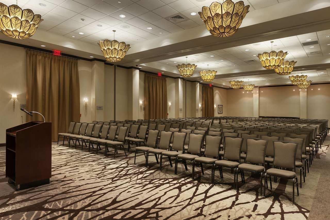 Embassy Suites by Hilton Savannah Airport image 17