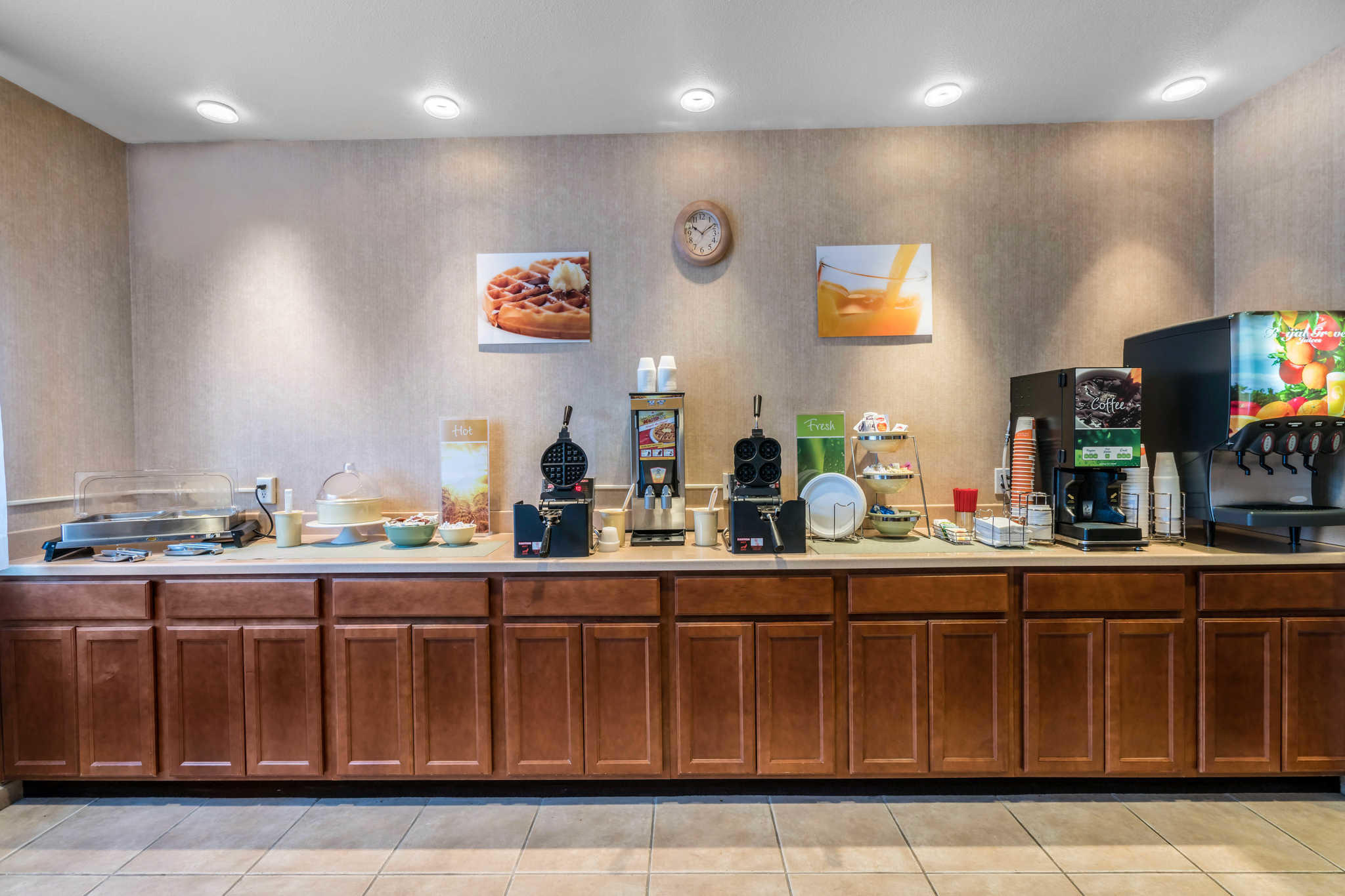 Quality Inn & Suites at Olympic National Park image 30