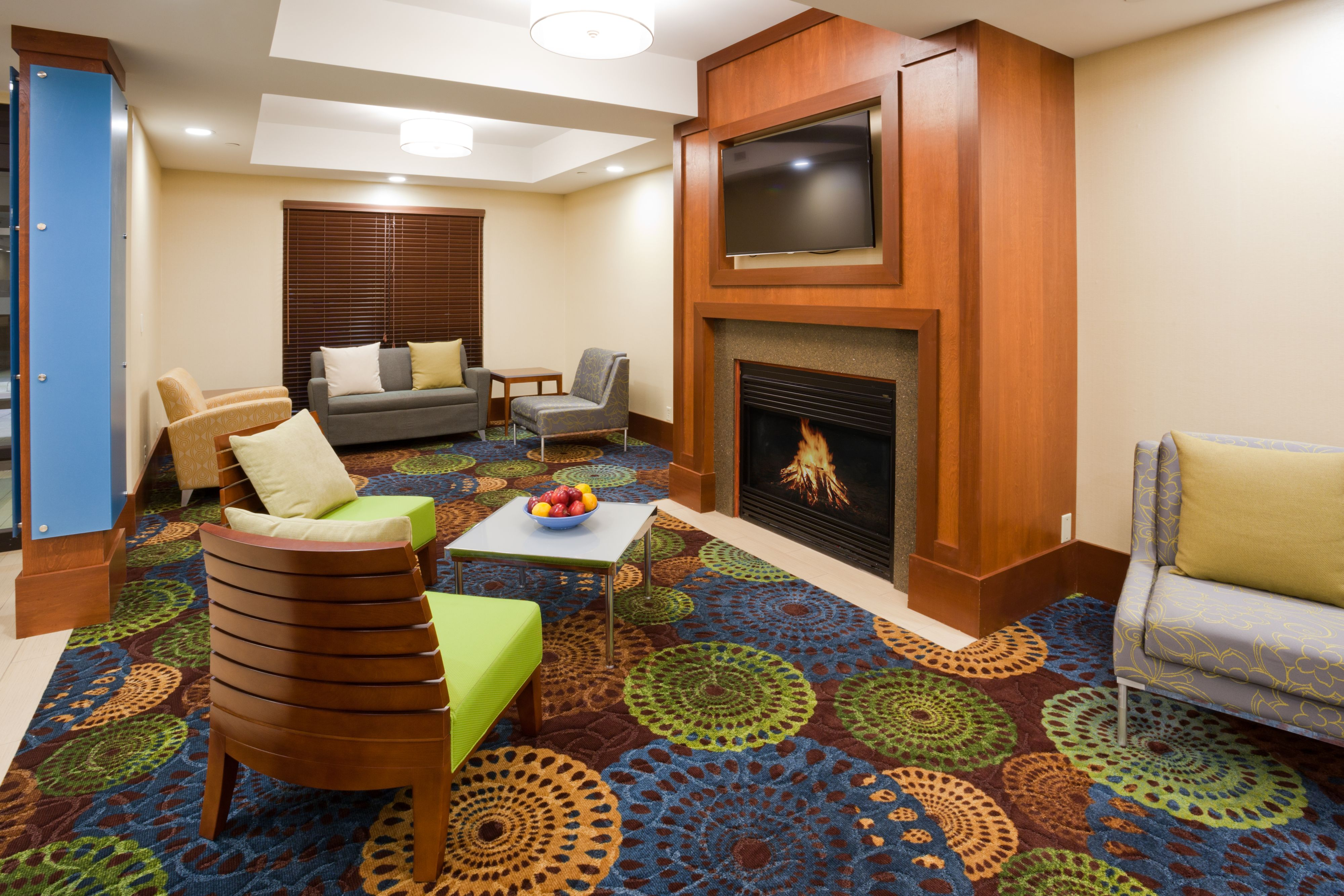 Holiday Inn Express Cedar Rapids (Collins Rd) image 4