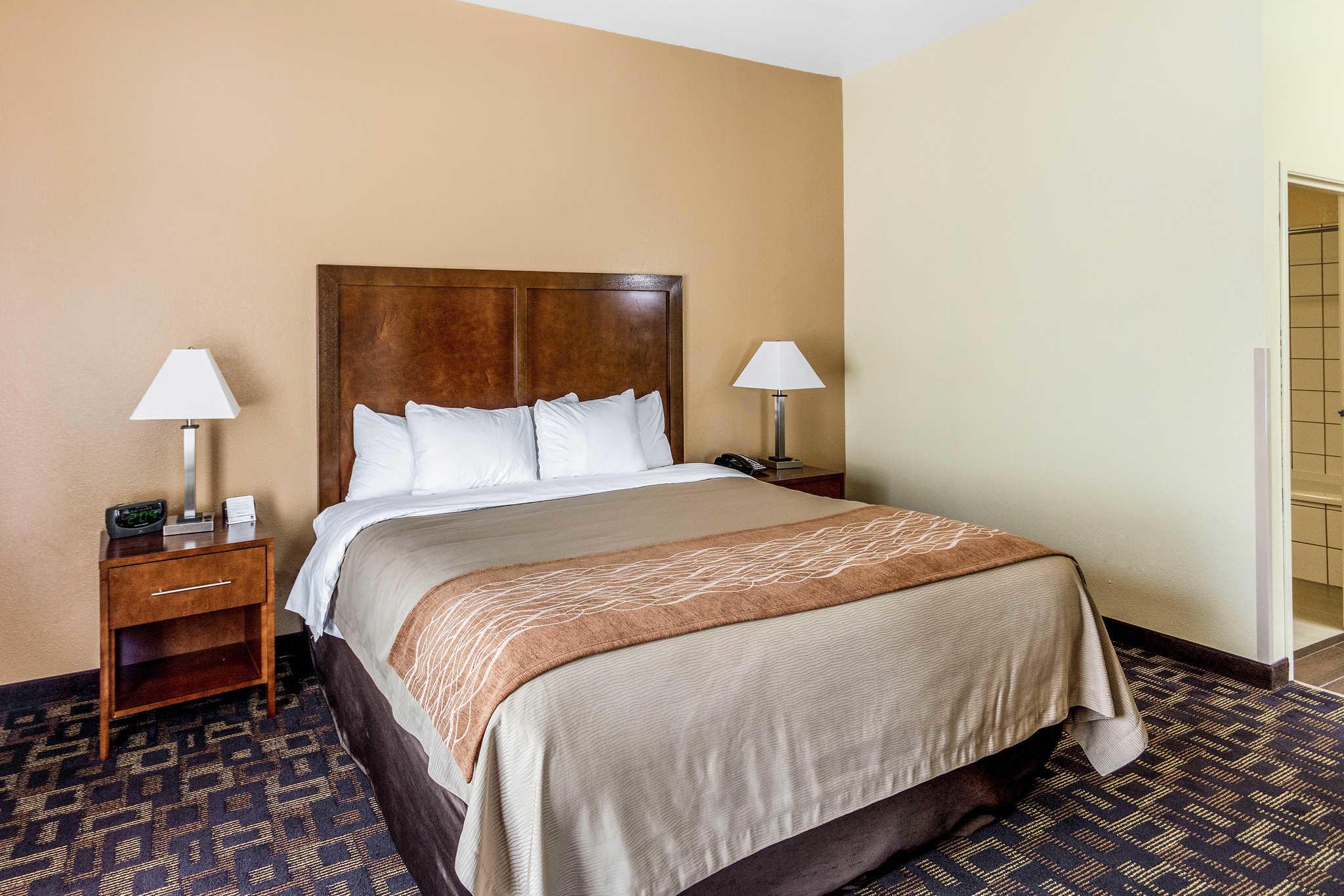 Comfort Inn & Suites North Aurora - Naperville image 28