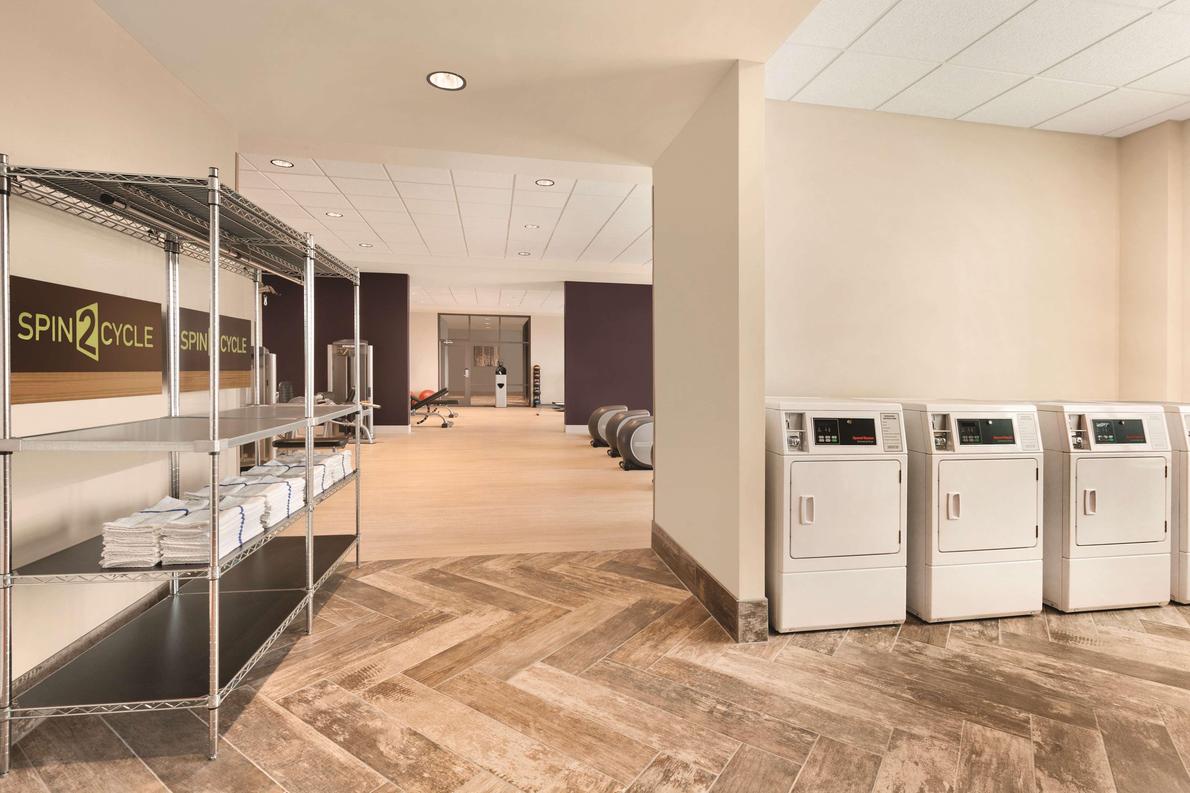 Home2 Suites by Hilton Phoenix-Tempe ASU Research Park image 12