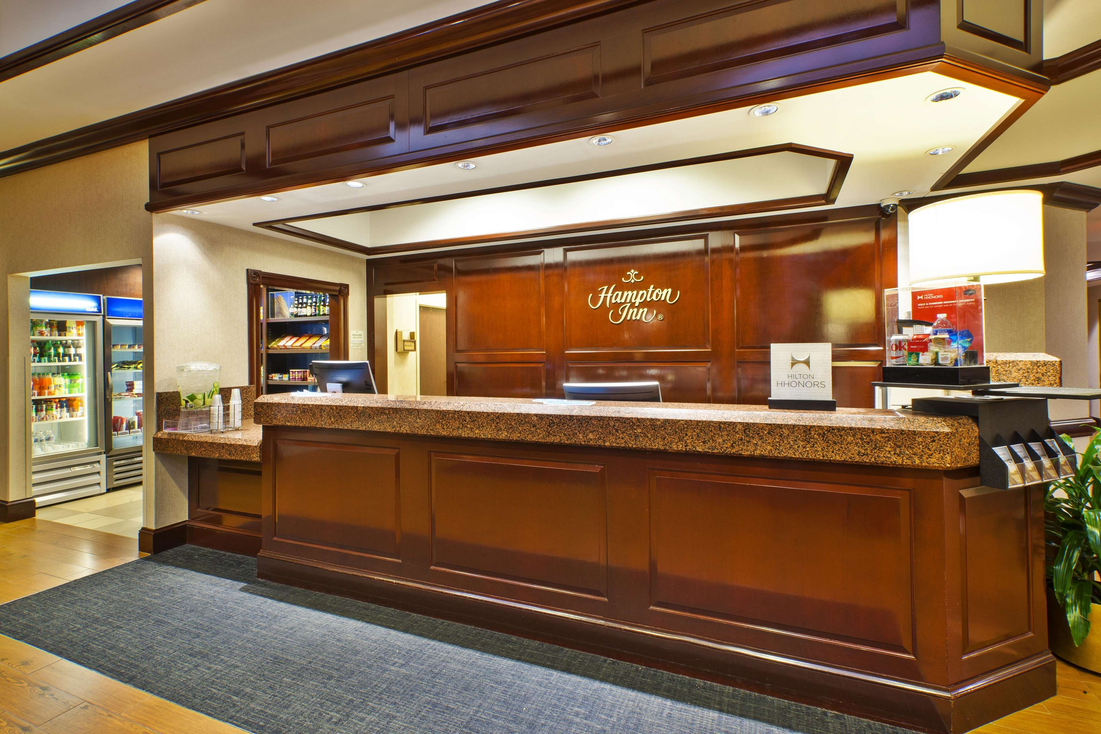 Hampton Inn Dulles/Cascades image 14