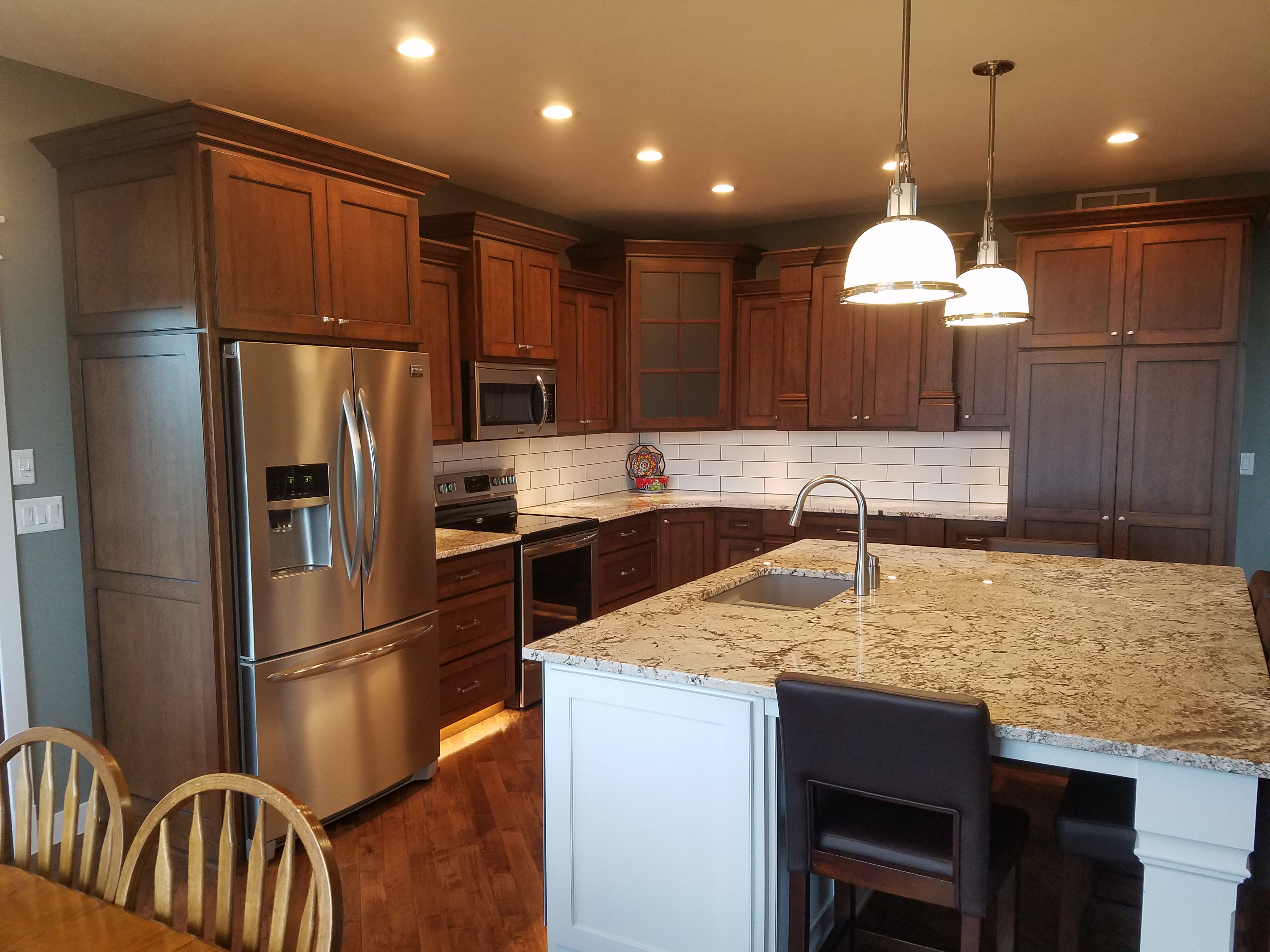Top Quality Construction & Cabinetry, LLC image 0
