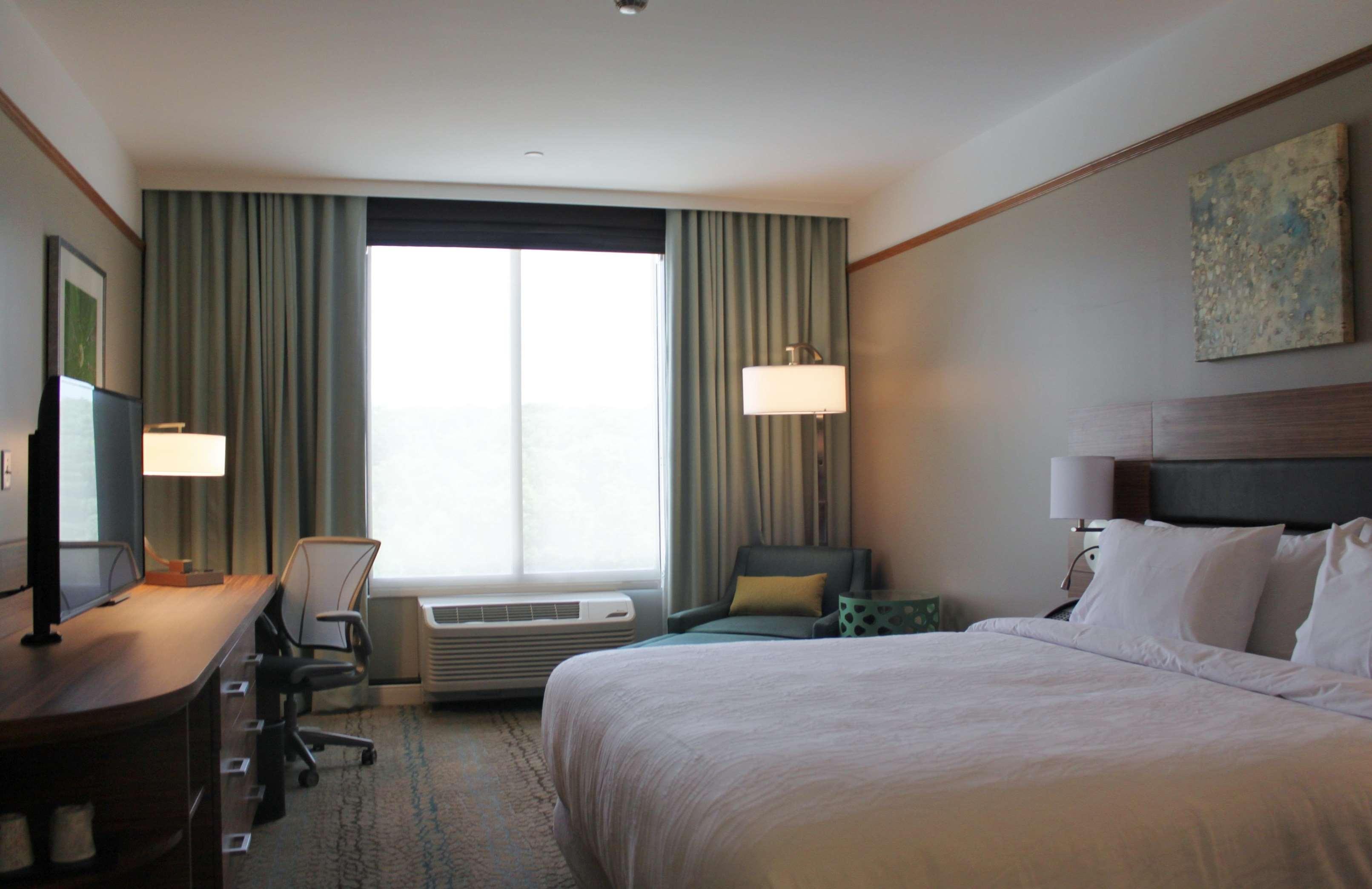 Hilton Garden Inn Boston/Marlborough image 6