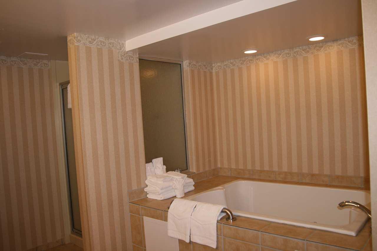 Hampton Inn & Suites Cashiers-Sapphire Valley image 9