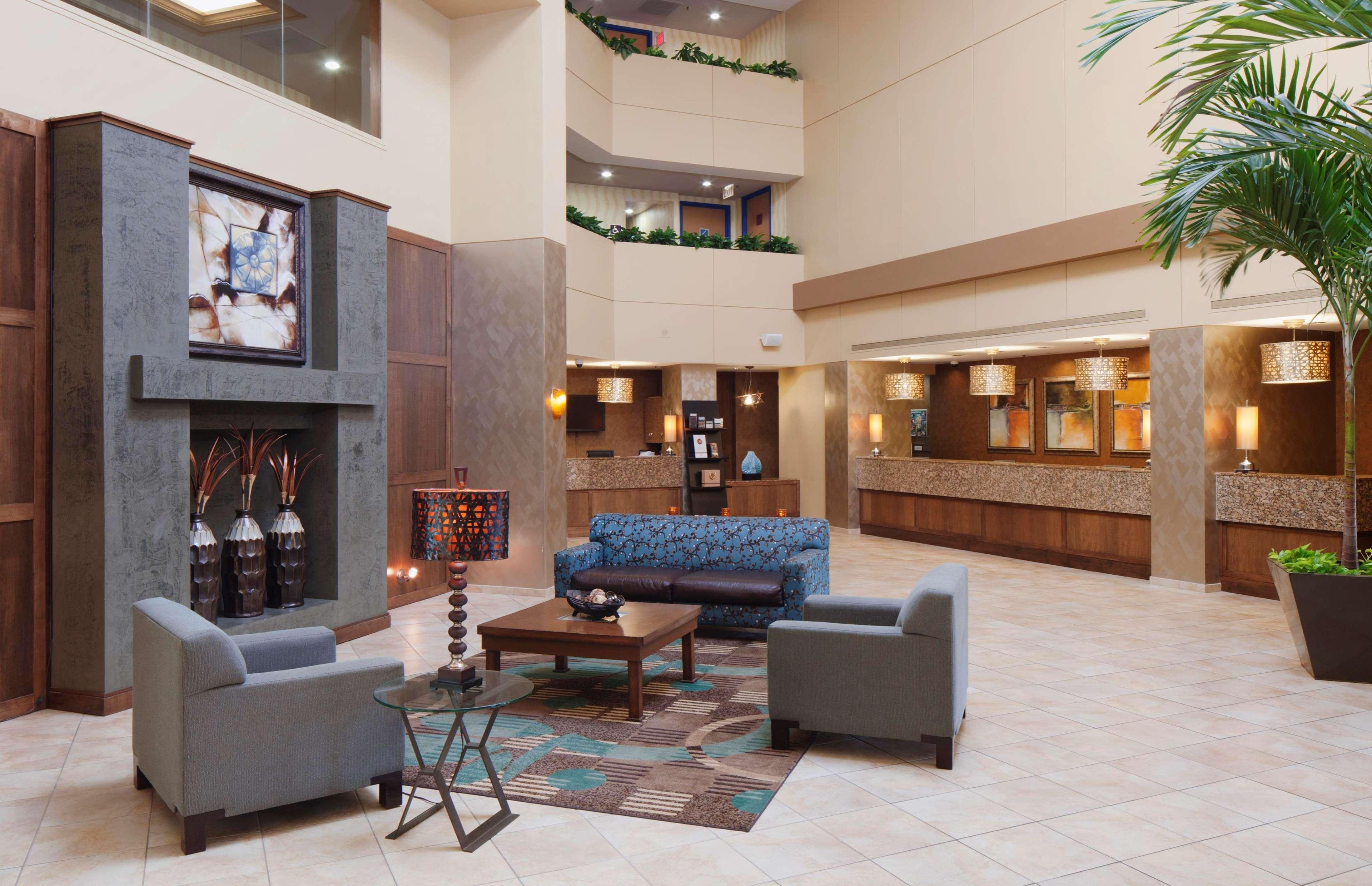 DoubleTree Suites by Hilton Orlando - Disney Springs Area image 1
