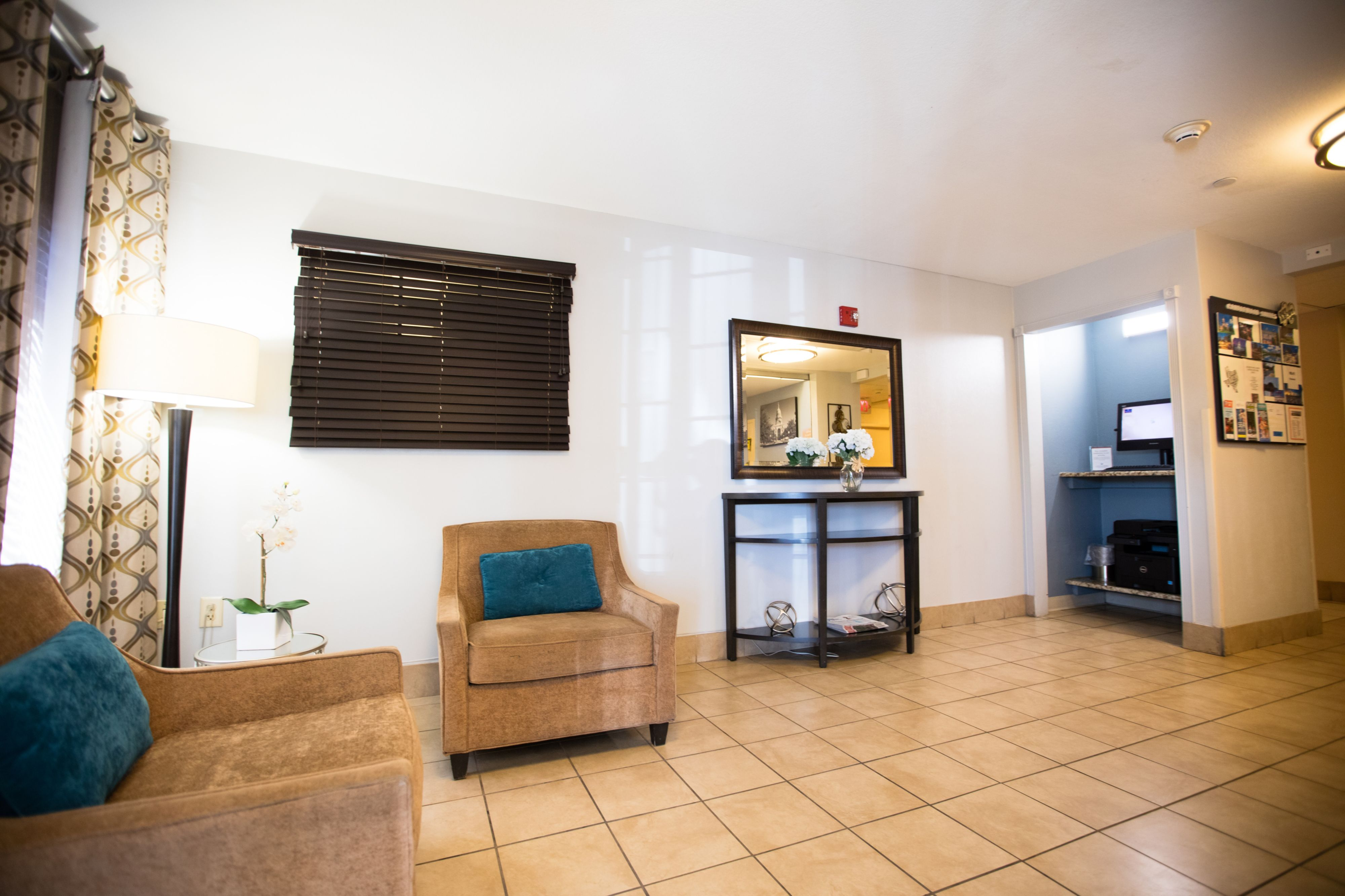 Candlewood Suites Austin-South image 4