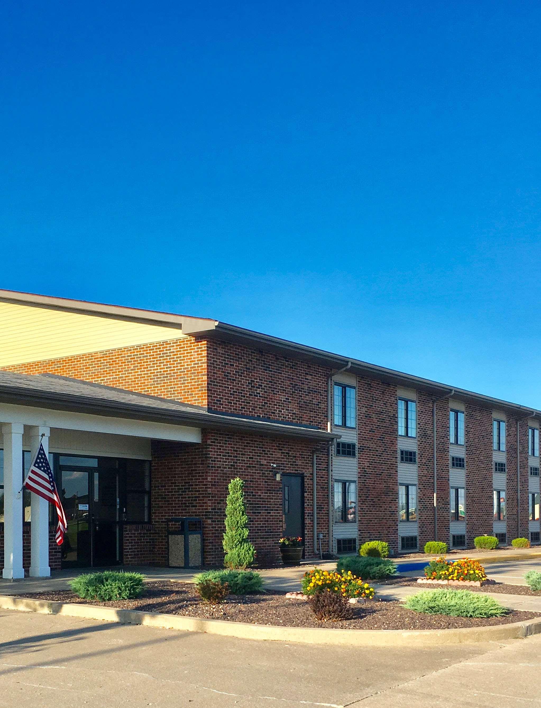 Americas Best Value Inn Monroe City image 1