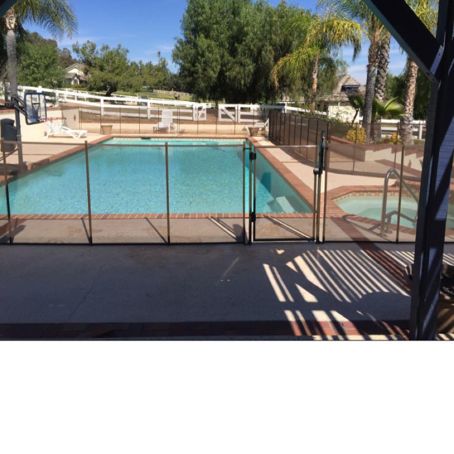 Nathans Pool Fence image 9