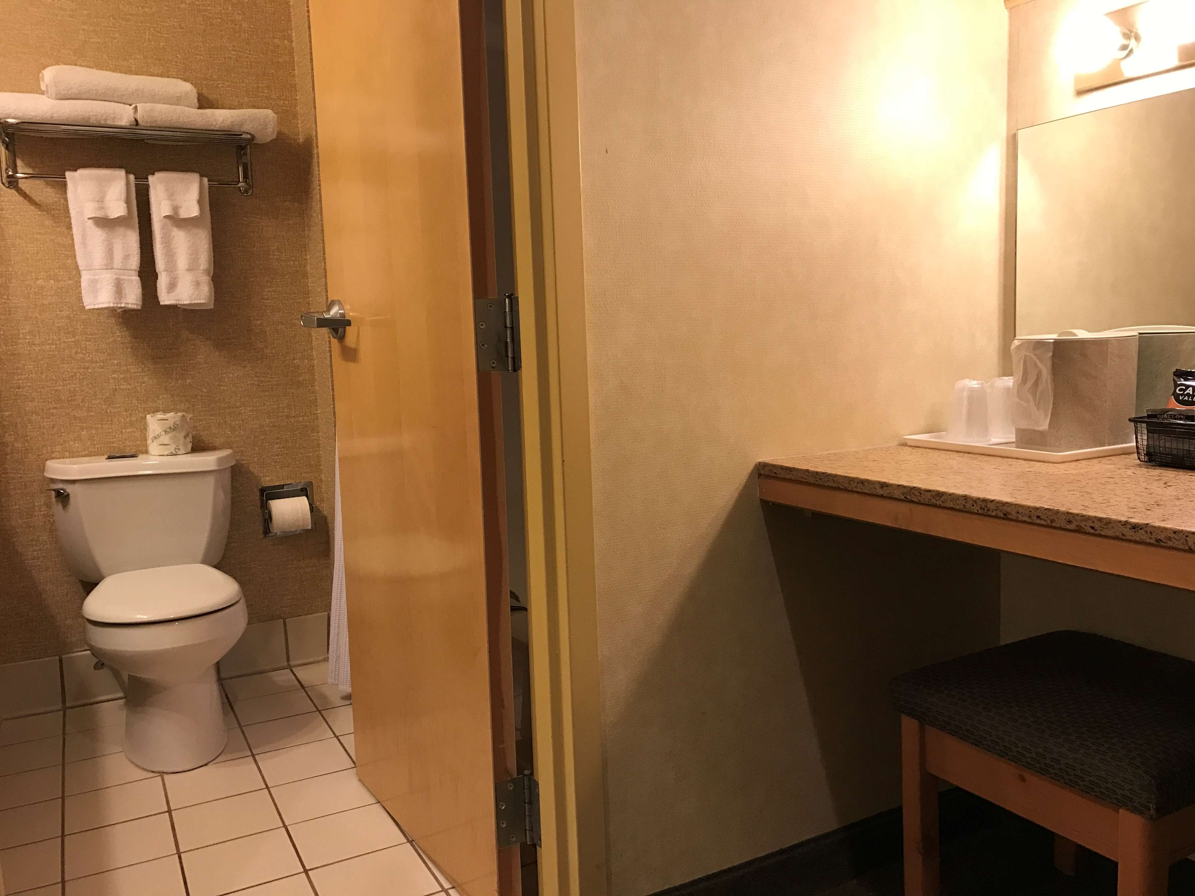 Best Western Plus Revere Inn & Suites image 32