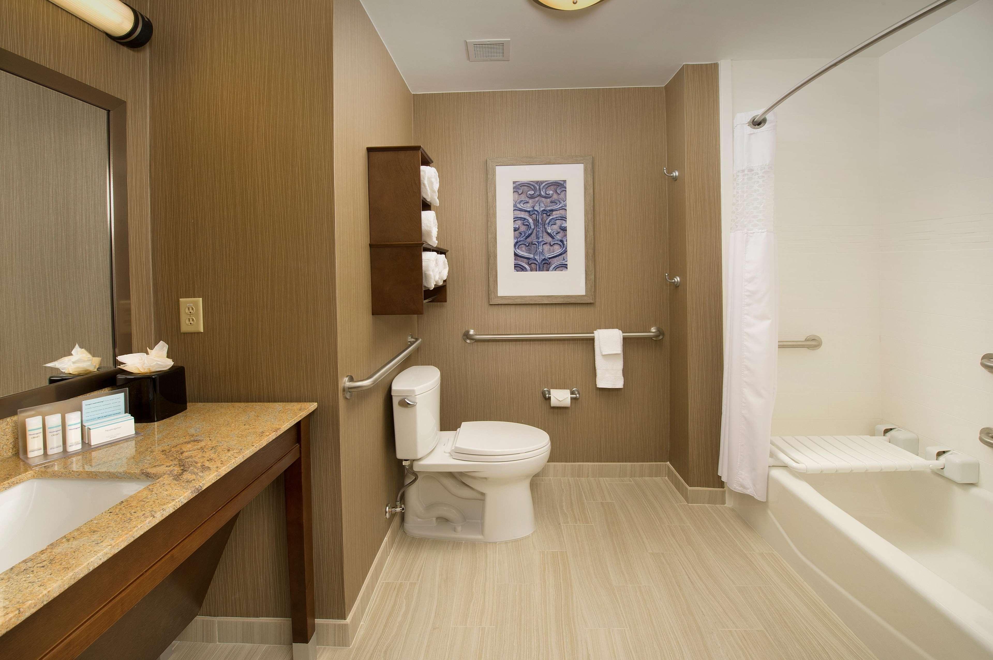 Hampton Inn & Suites San Antonio-Downtown/Market Square image 15