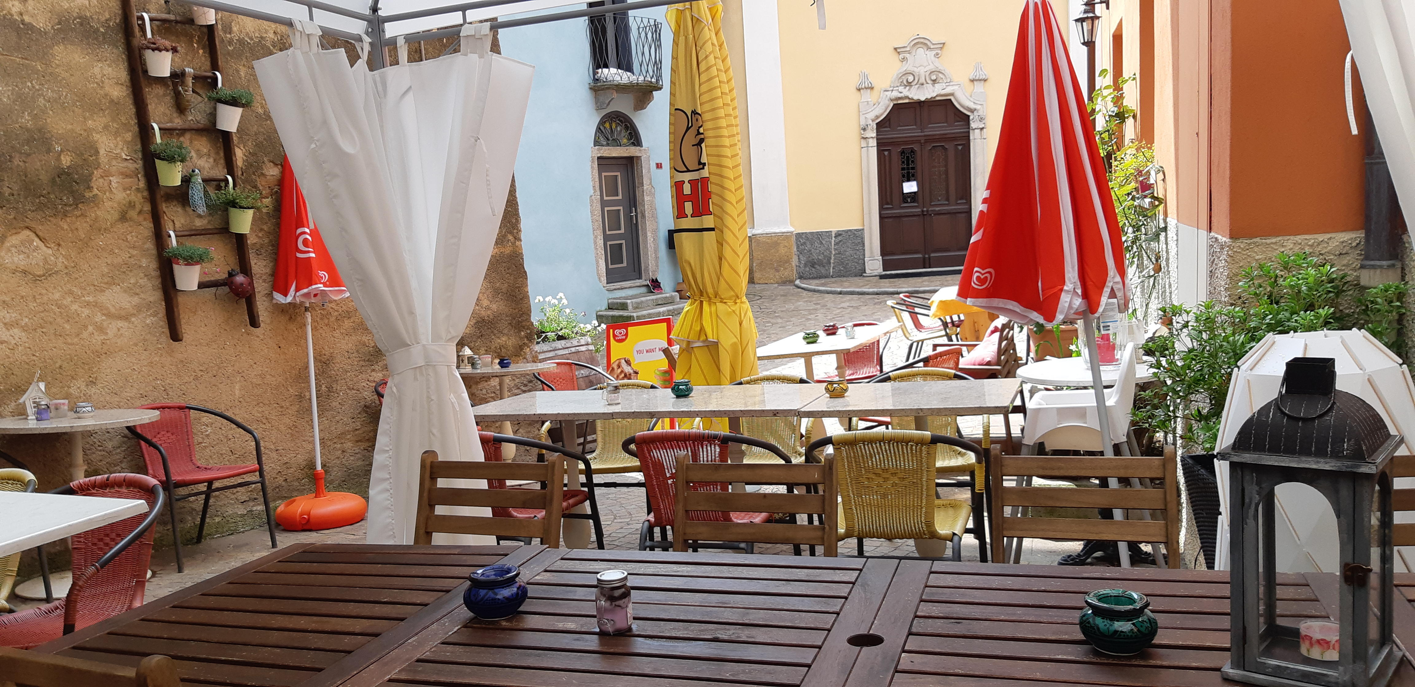Osteria in Piazza