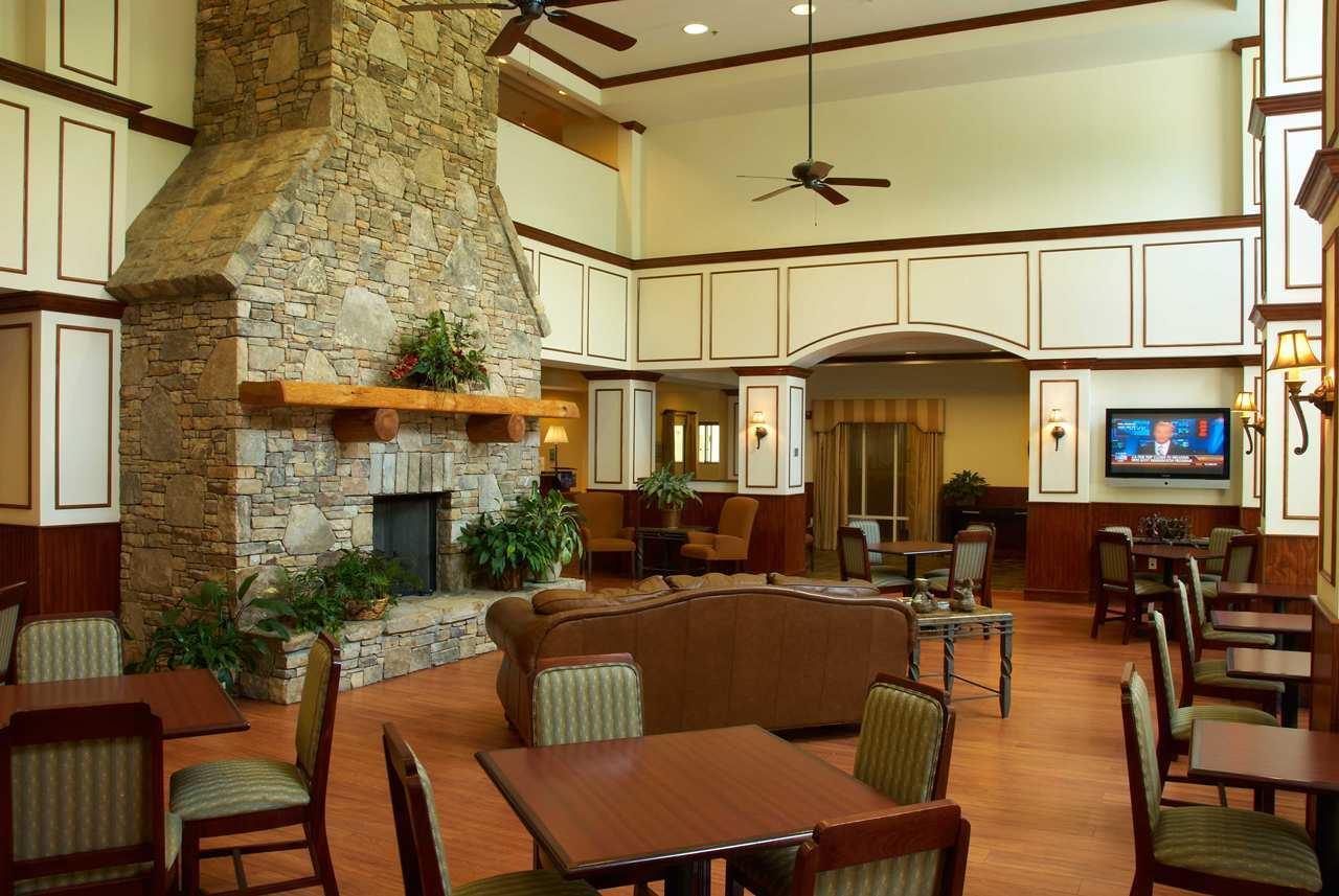 Hampton Inn & Suites Cashiers-Sapphire Valley image 0