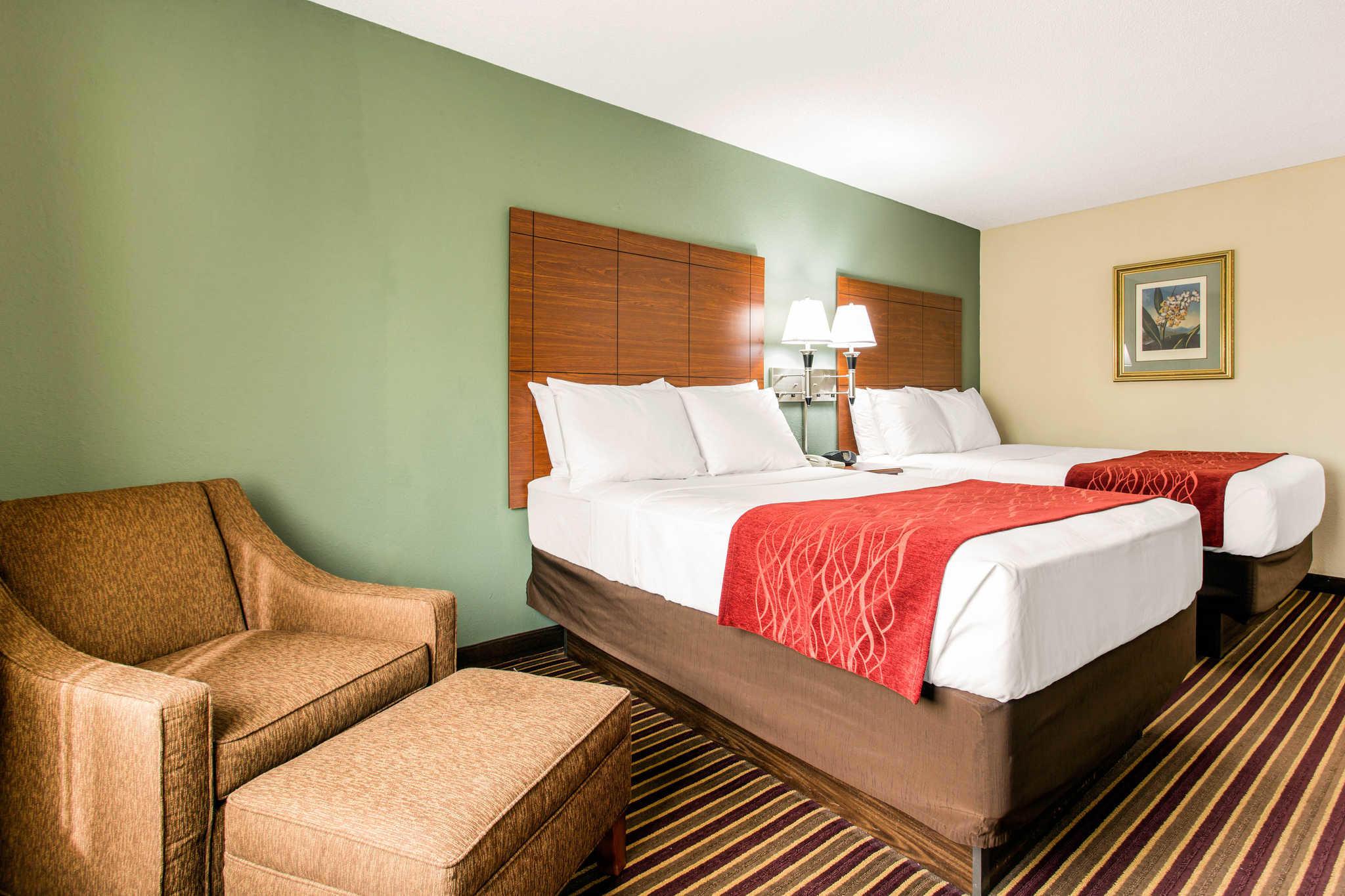 Comfort Inn & Suites Crabtree Valley image 7