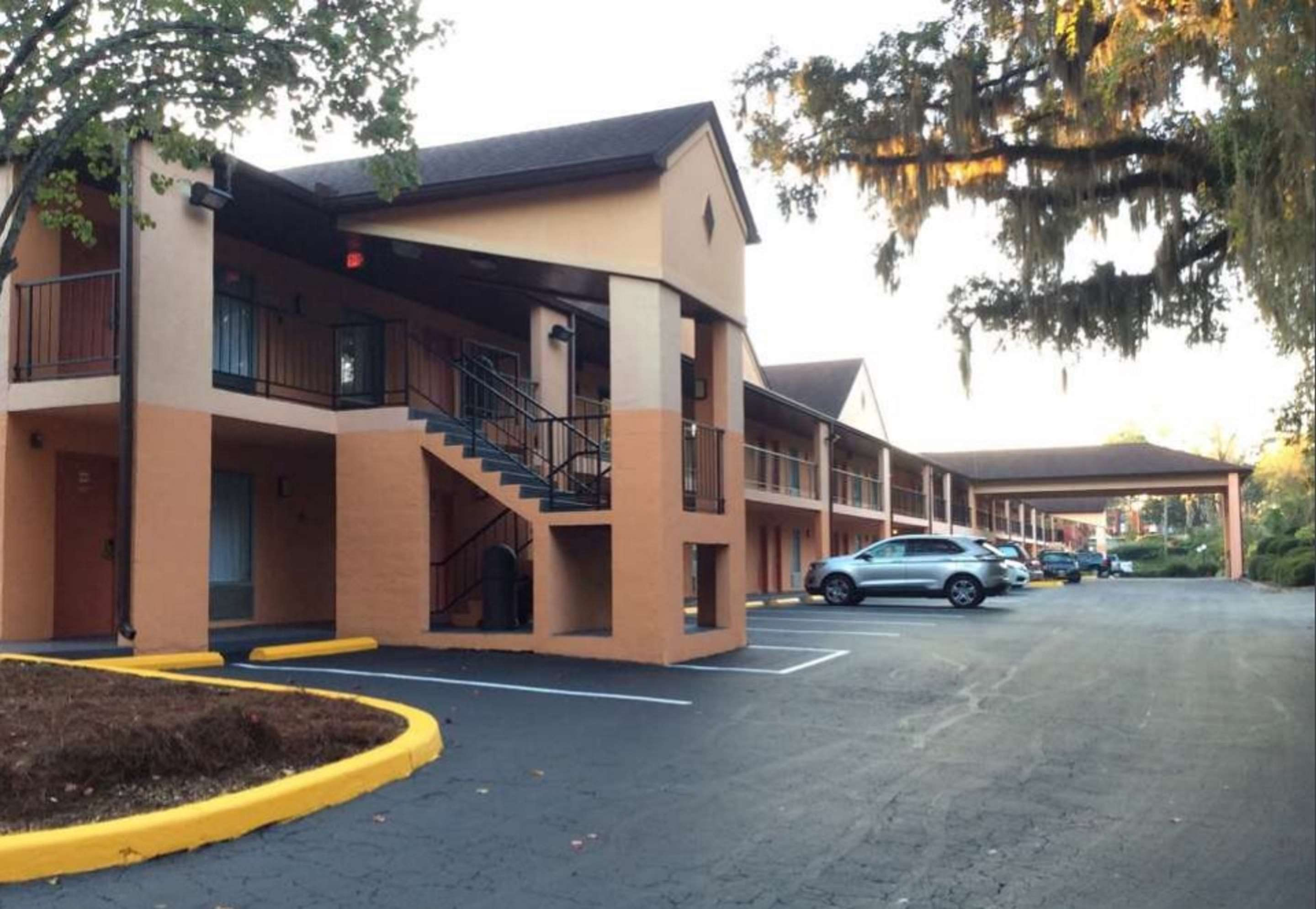 Best Western Tallahassee-Downtown Inn & Suites image 25