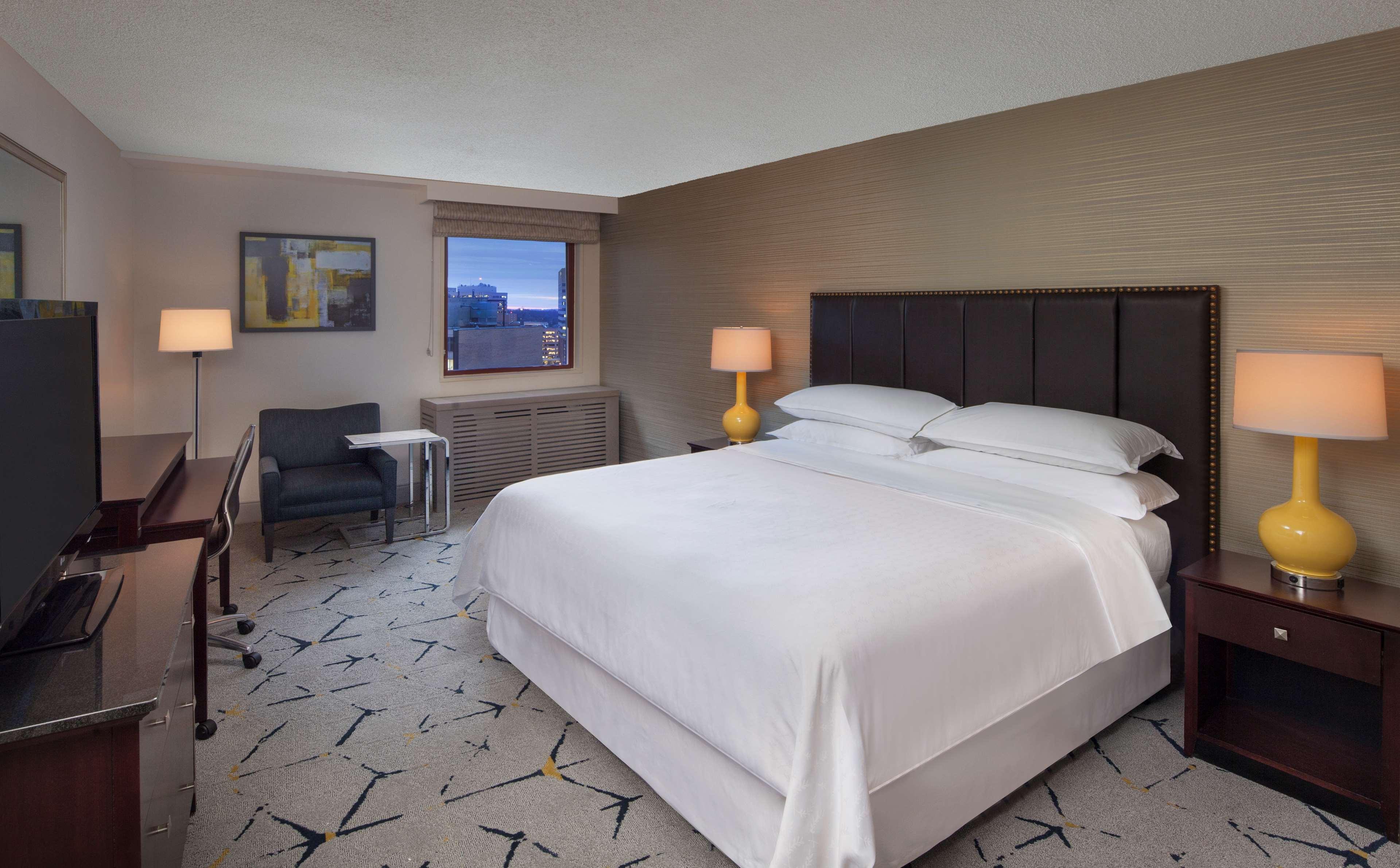 Sheraton Silver Spring Hotel image 4