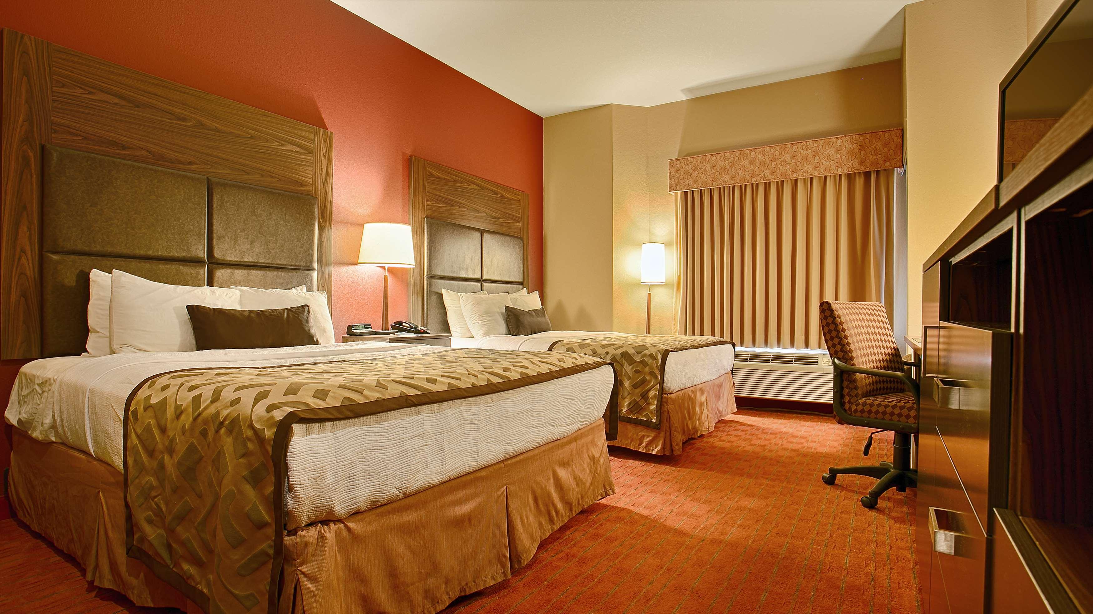 Best Western Plus Woodland Hills Hotel & Suites image 23