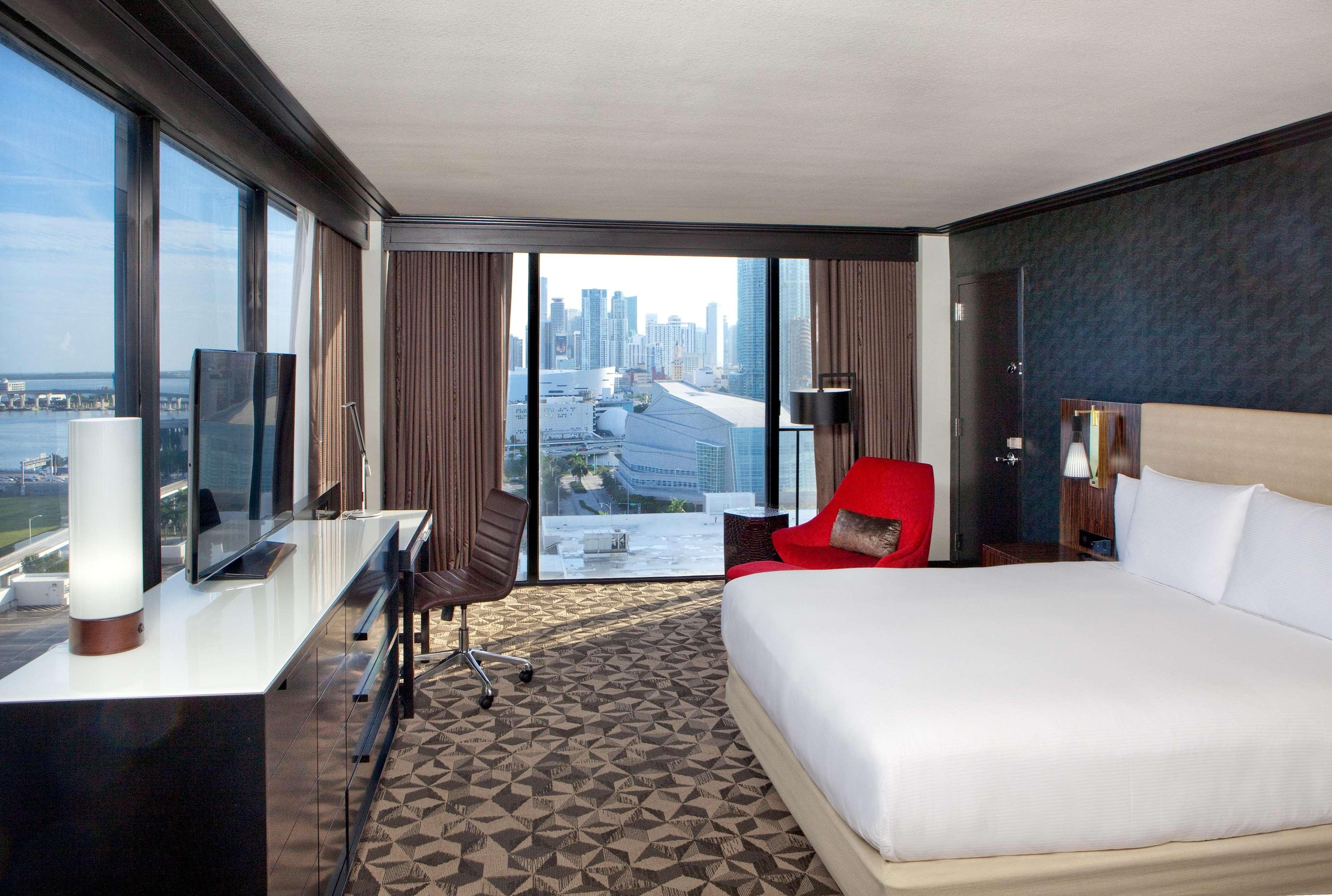 Hilton Miami Downtown image 38