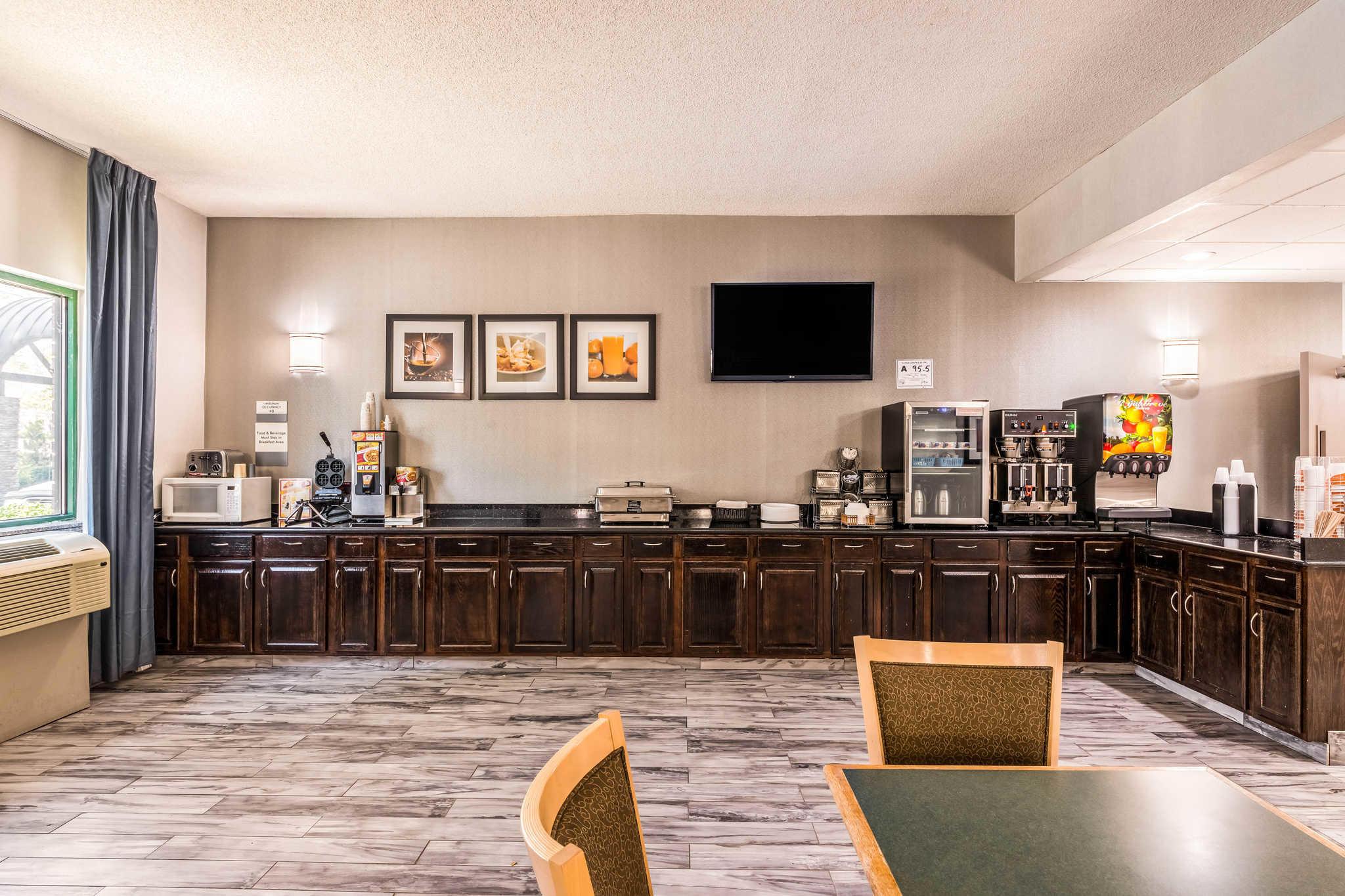 Clarion Inn & Suites image 37